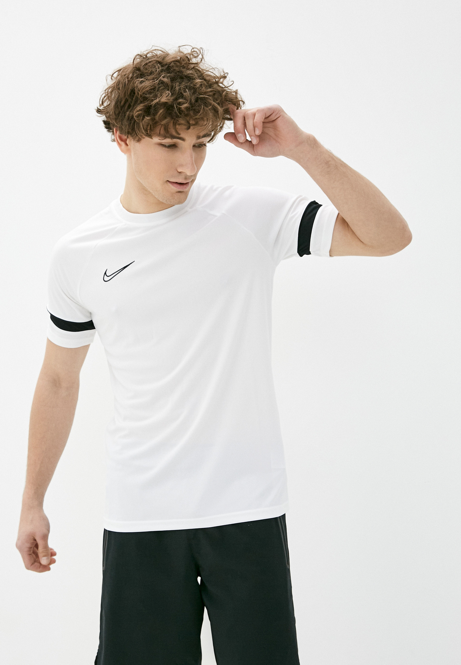 Спортивная футболка Nike (Найк) Футболка спортивная Nike