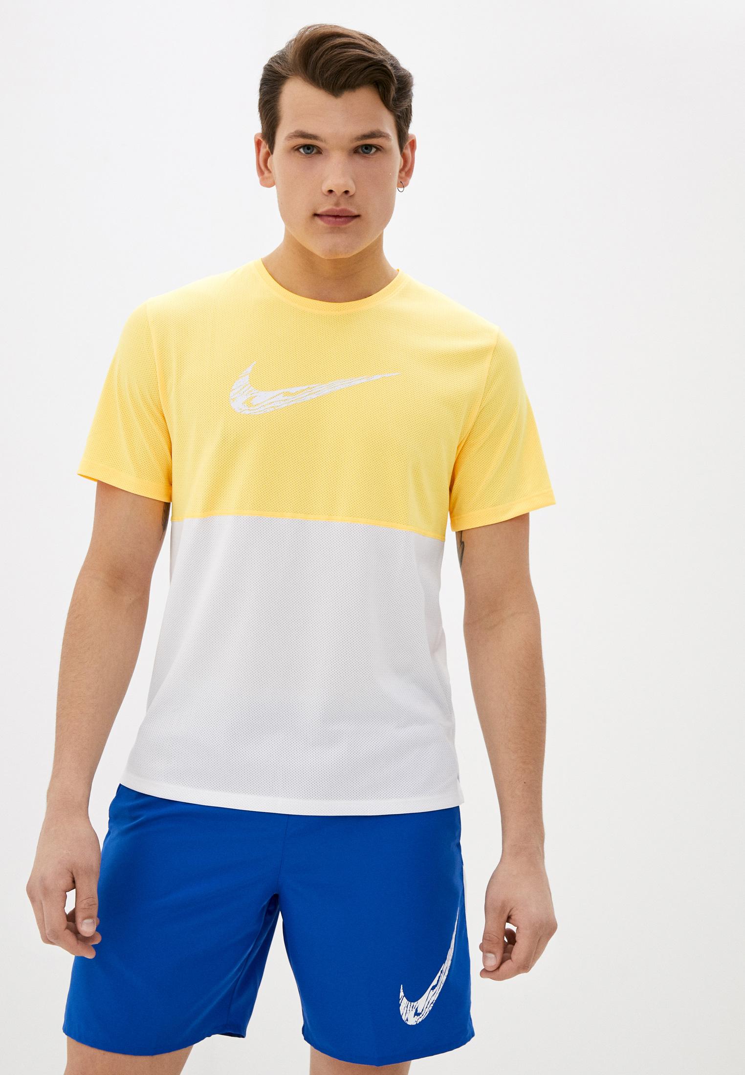 Футболка Nike (Найк) DA0210