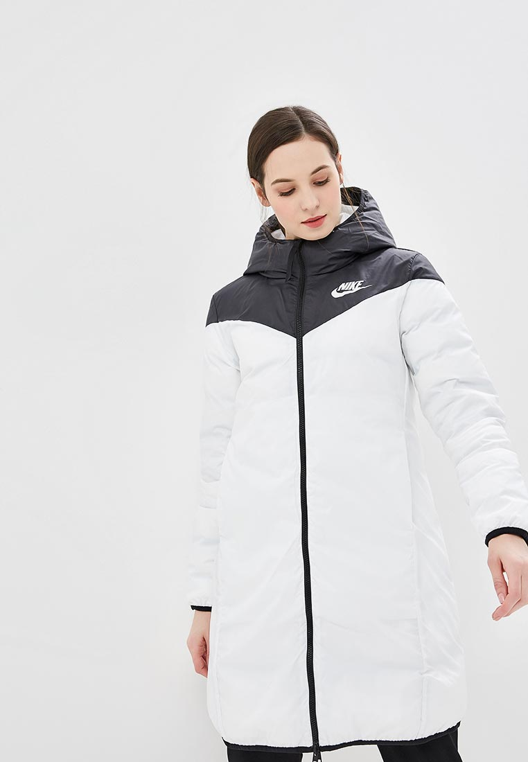Утепленная куртка Nike (Найк) 939440-010