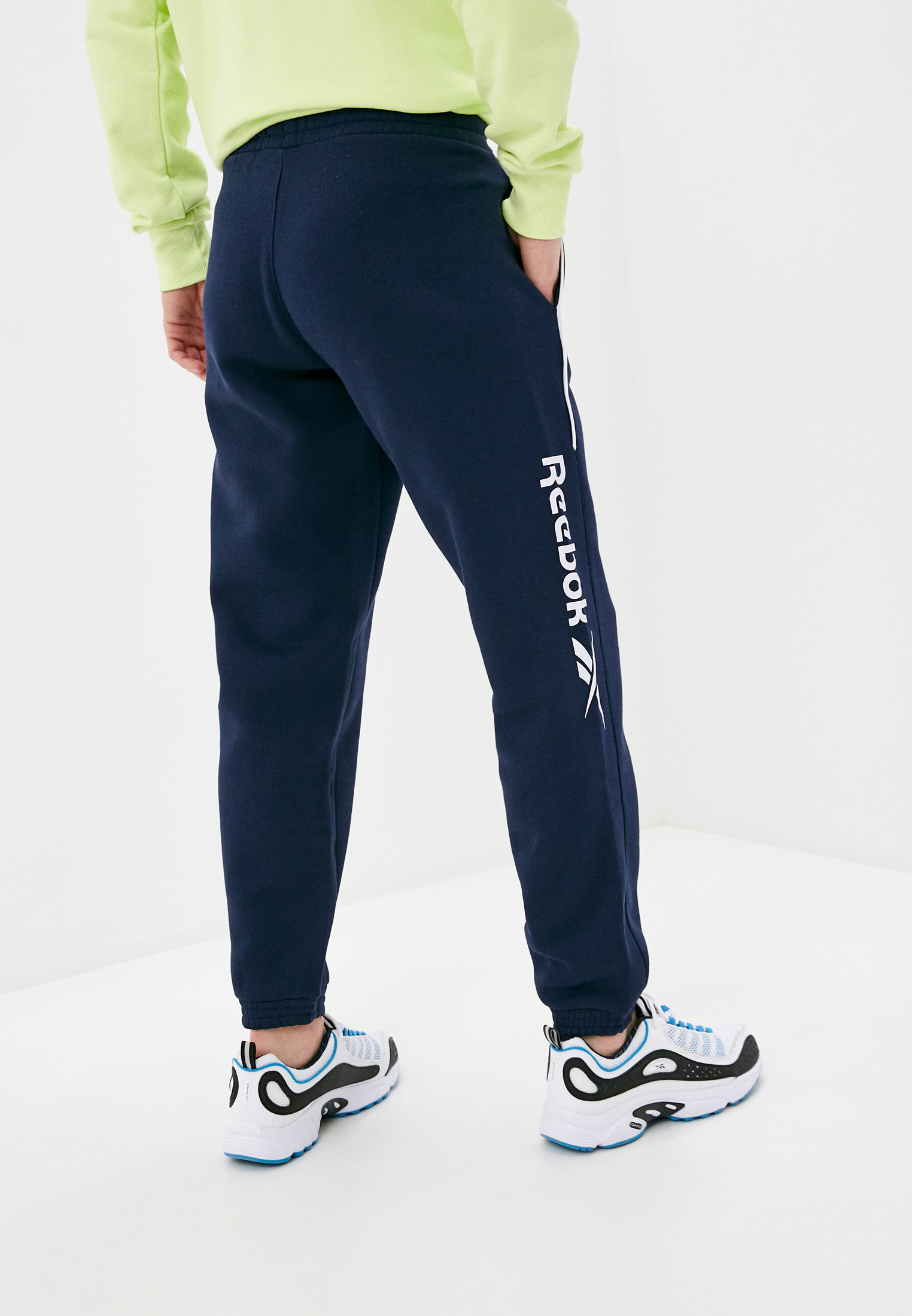 Мужские спортивные брюки Reebok Classic GL1653: изображение 3