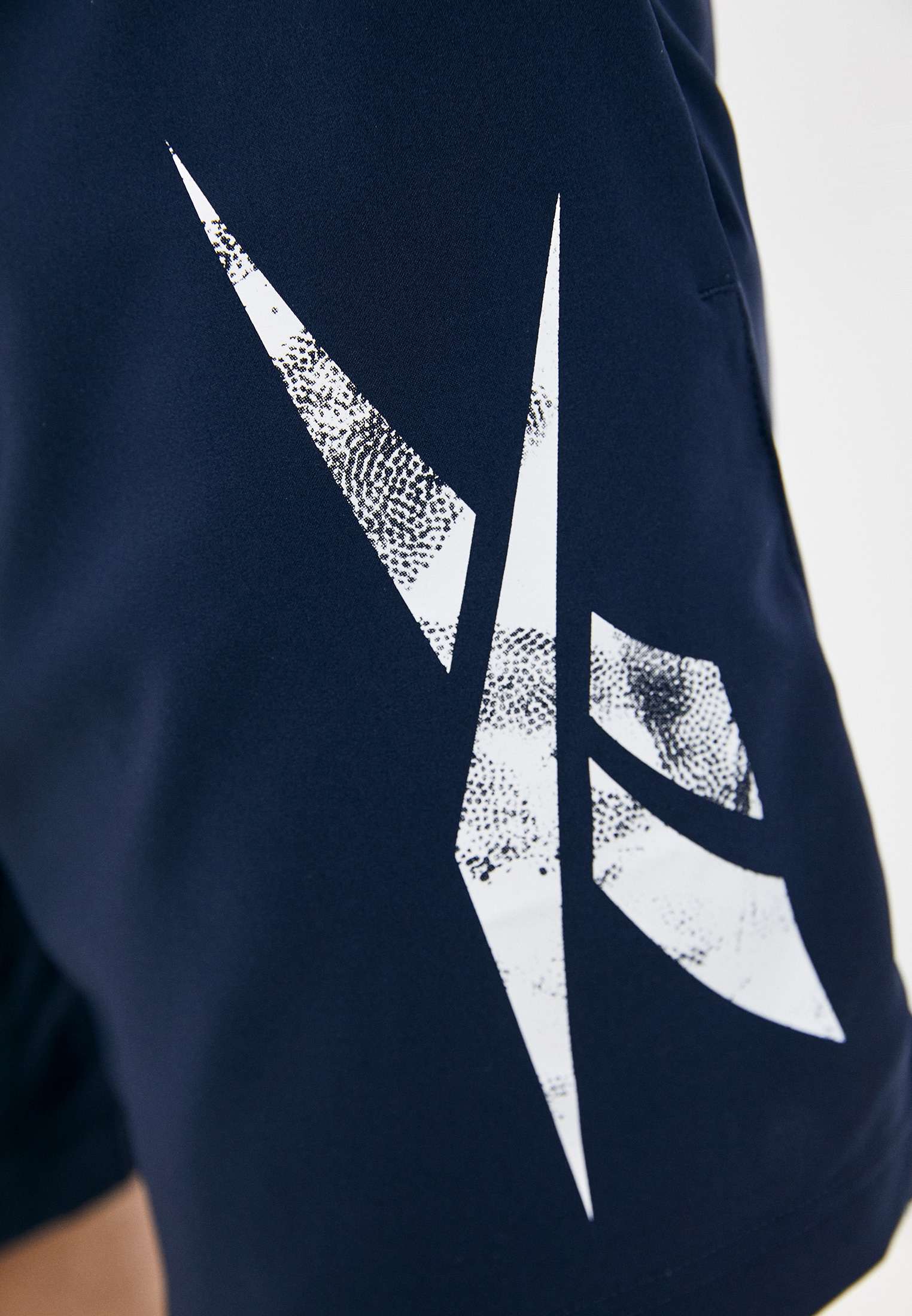 Мужские спортивные шорты Reebok (Рибок) GN5381: изображение 4