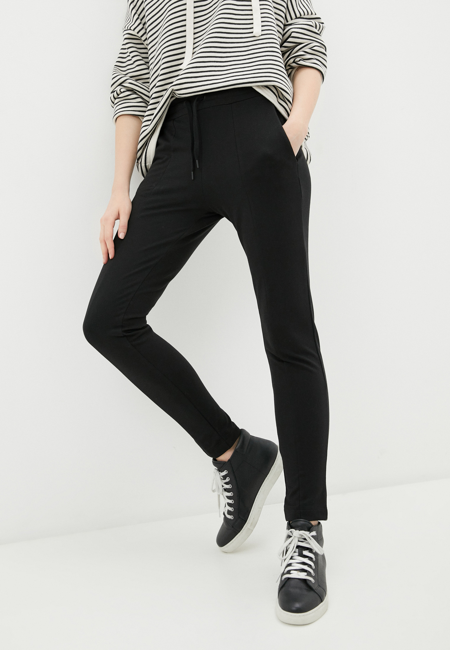 Женские спортивные брюки Love Moschino W 1 513 03 E 2180