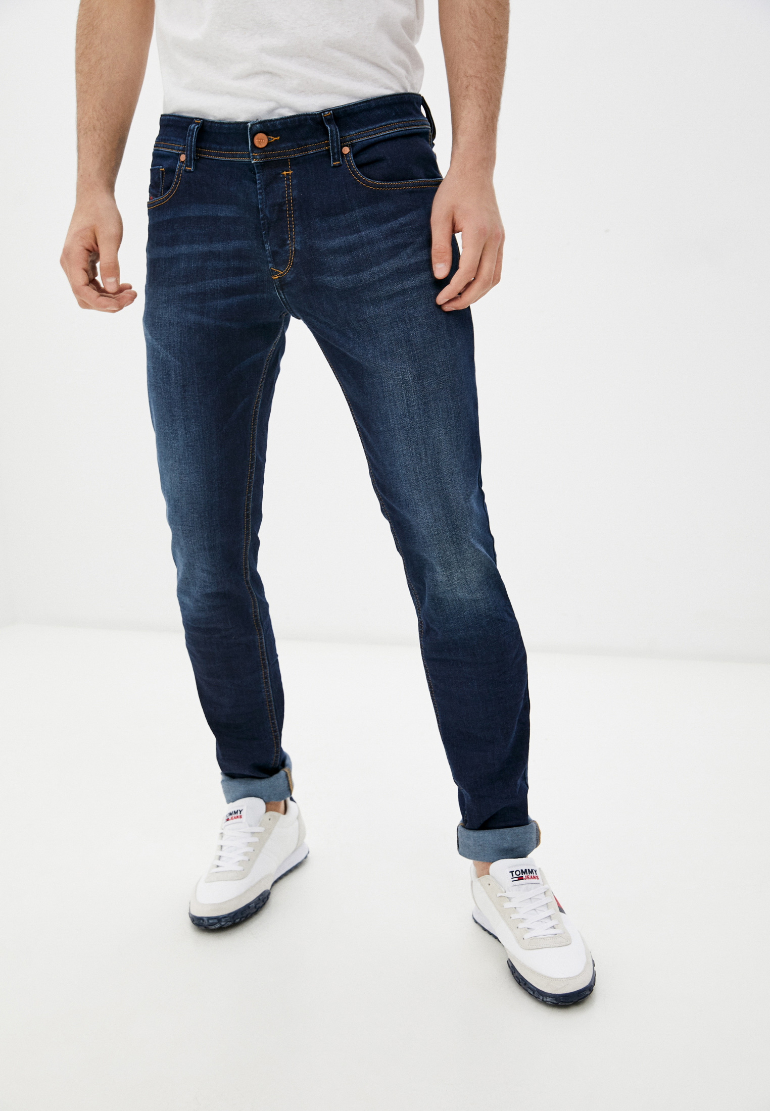 Мужские зауженные джинсы Diesel (Дизель) 00S7VH084RI