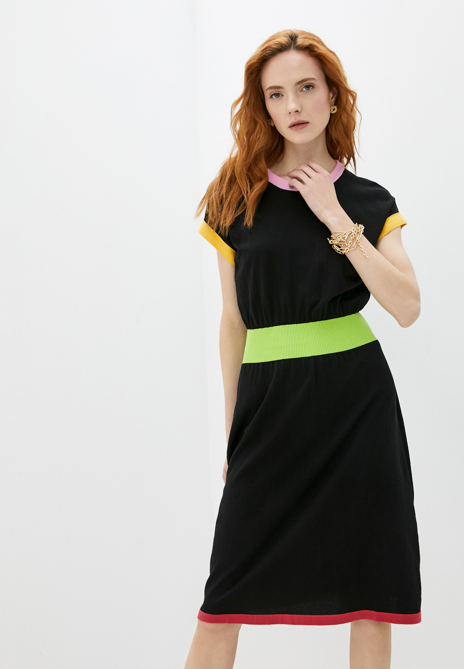 Вязаное платье Boutique Moschino Платье Boutique Moschino