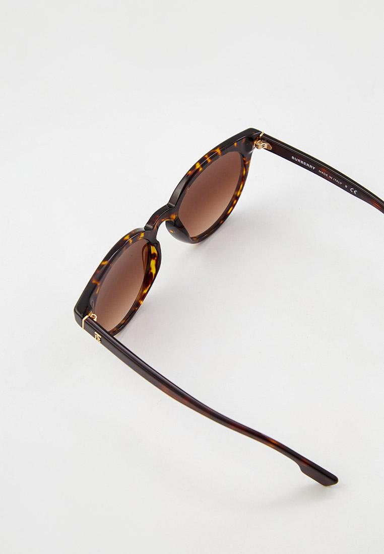 Женские солнцезащитные очки Burberry 0BE4326: изображение 3
