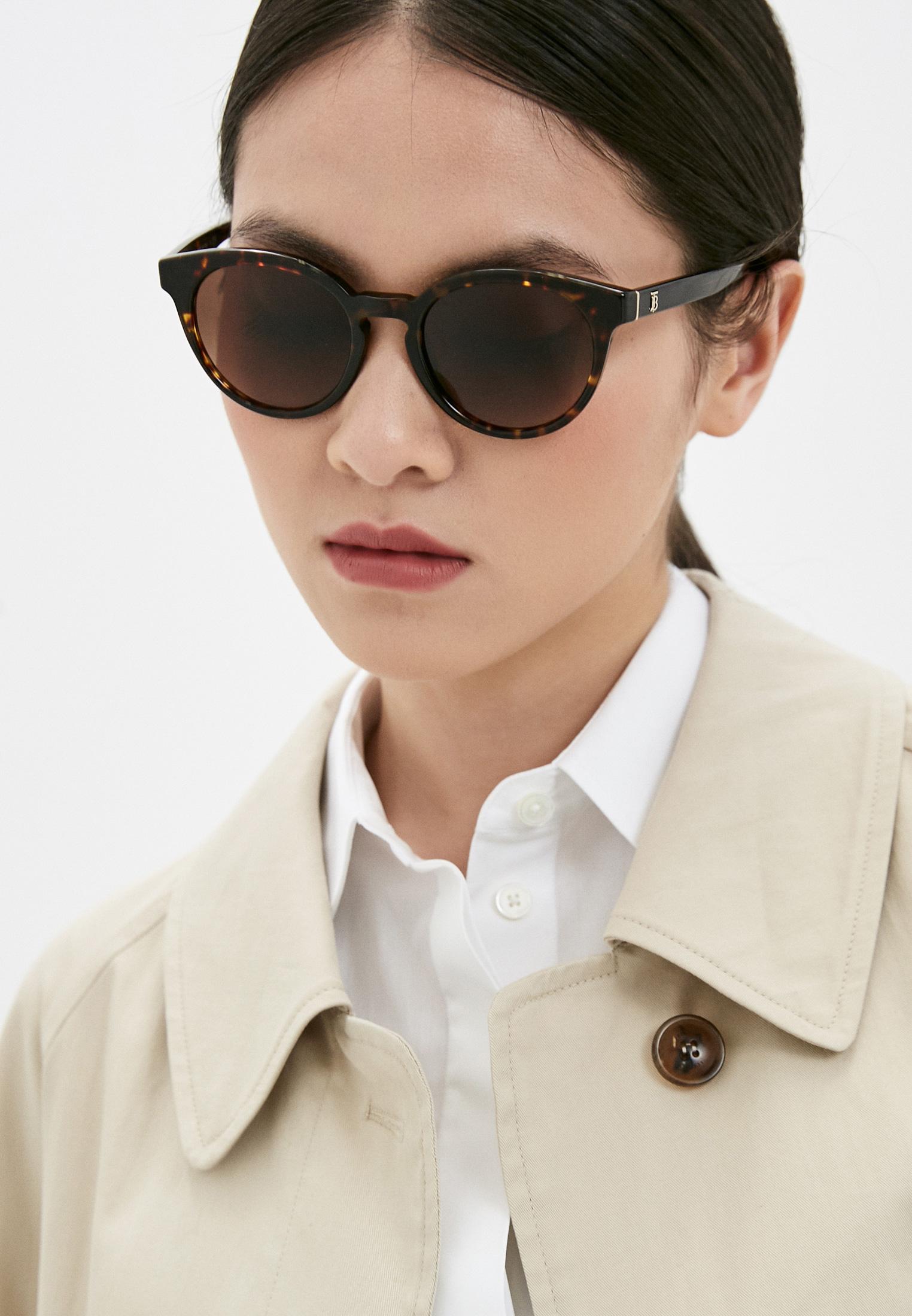 Женские солнцезащитные очки Burberry 0BE4326: изображение 5