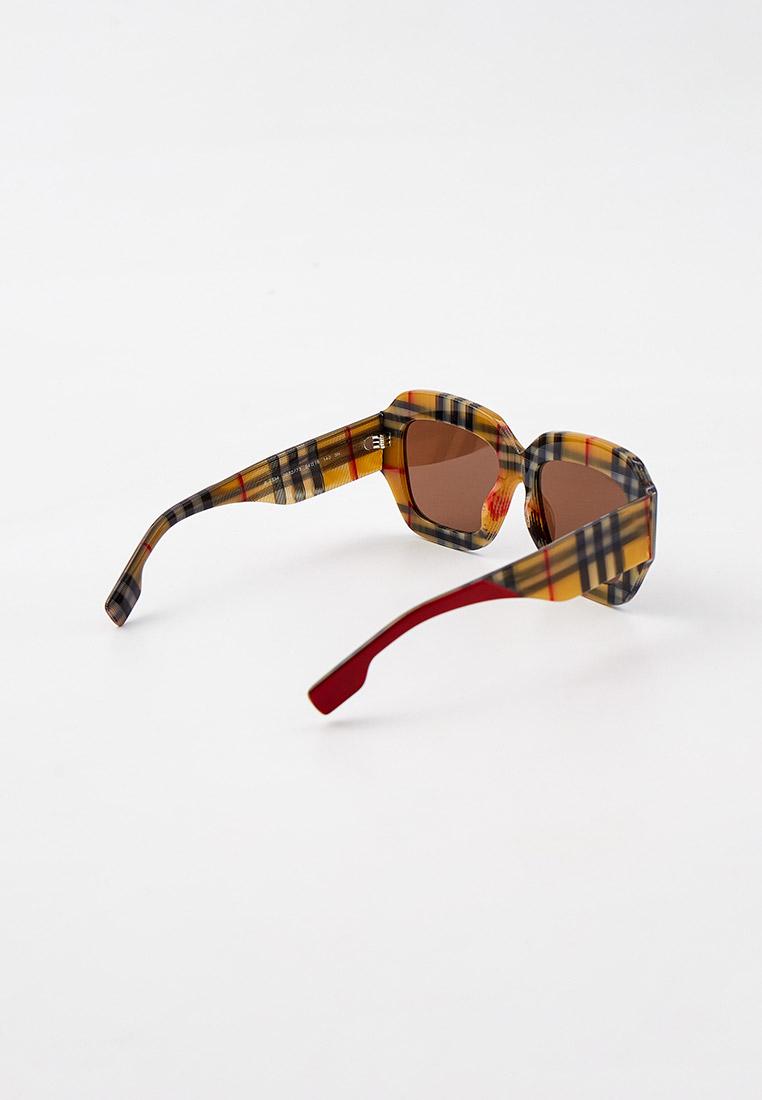 Женские солнцезащитные очки Burberry 0BE4334: изображение 2