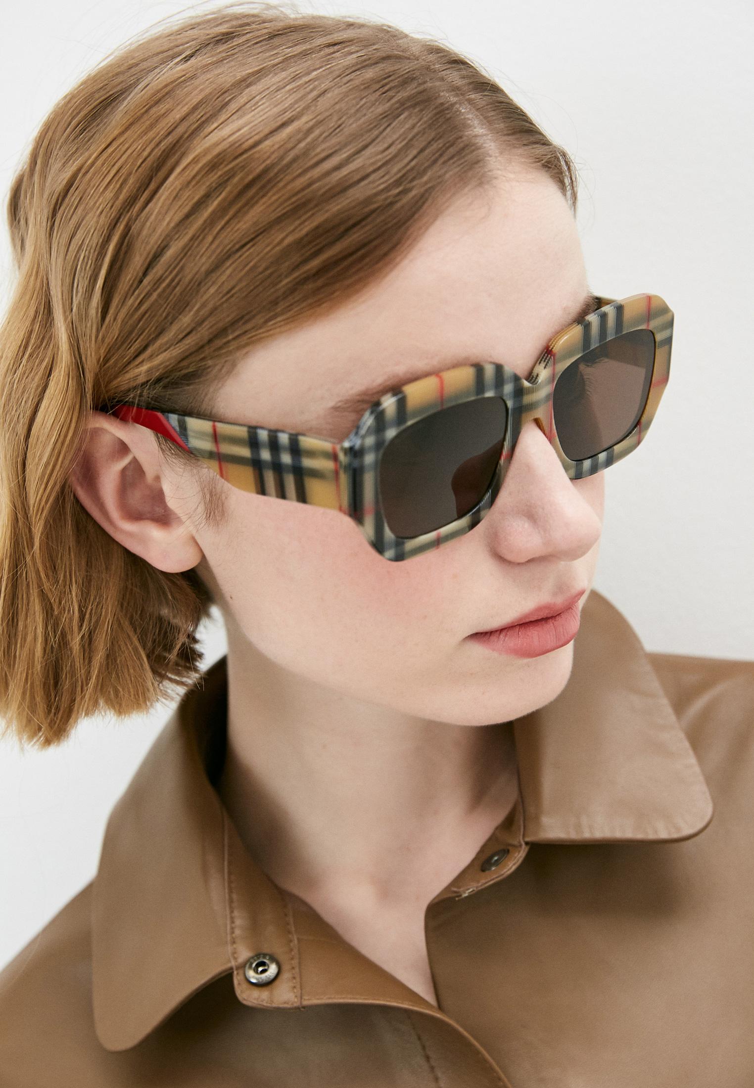 Женские солнцезащитные очки Burberry 0BE4334: изображение 5