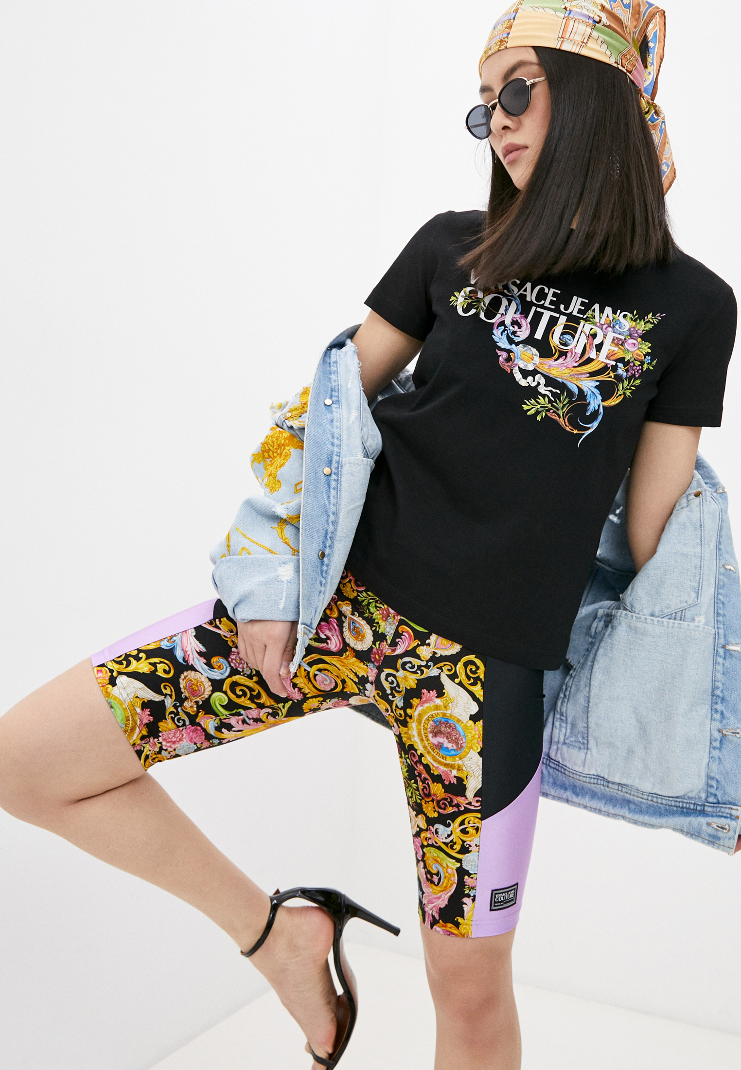 Футболка с коротким рукавом Versace Jeans Couture B2HWA7KA30457