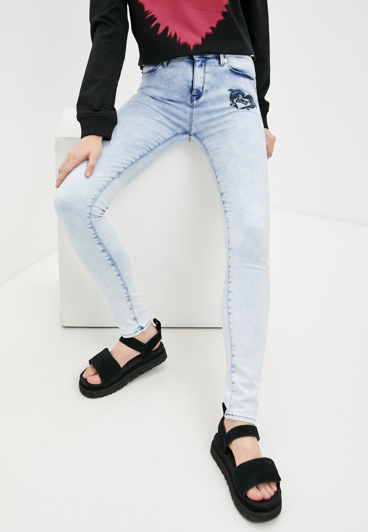 Зауженные джинсы Love Moschino W Q 387 9A S 3535