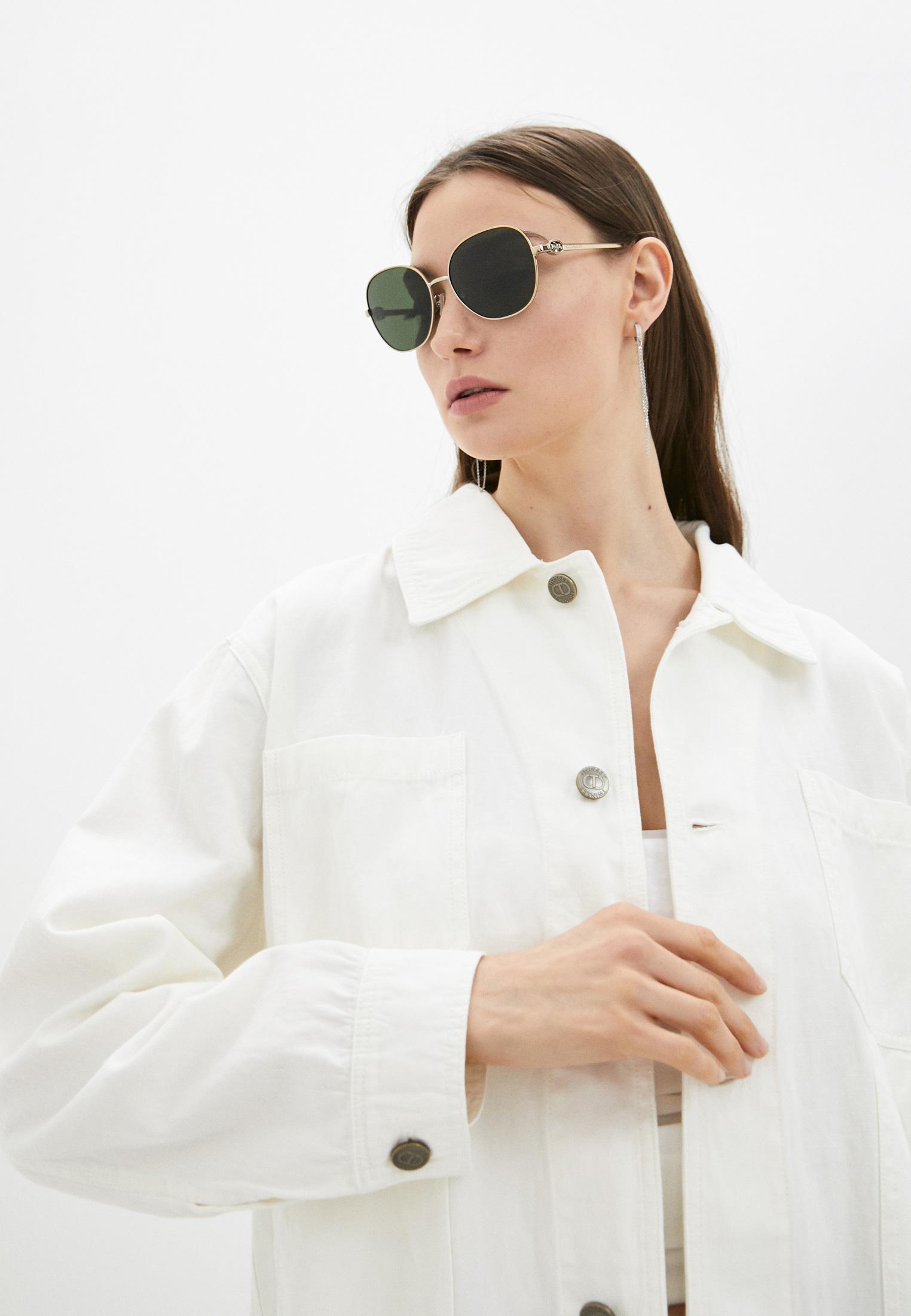 Женские солнцезащитные очки Coach 0HC7123: изображение 2