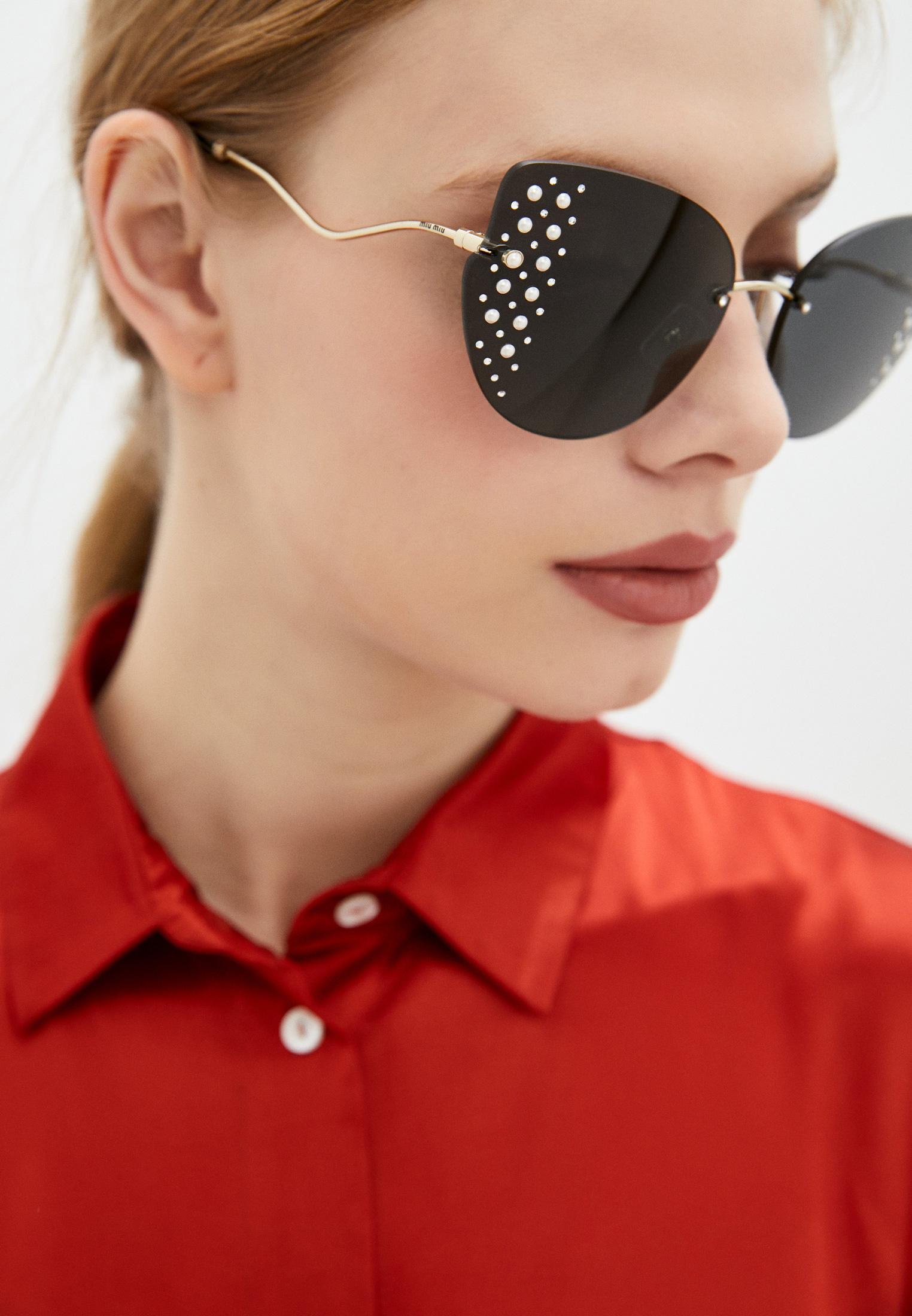 Женские солнцезащитные очки Miu Miu 0MU 51XS