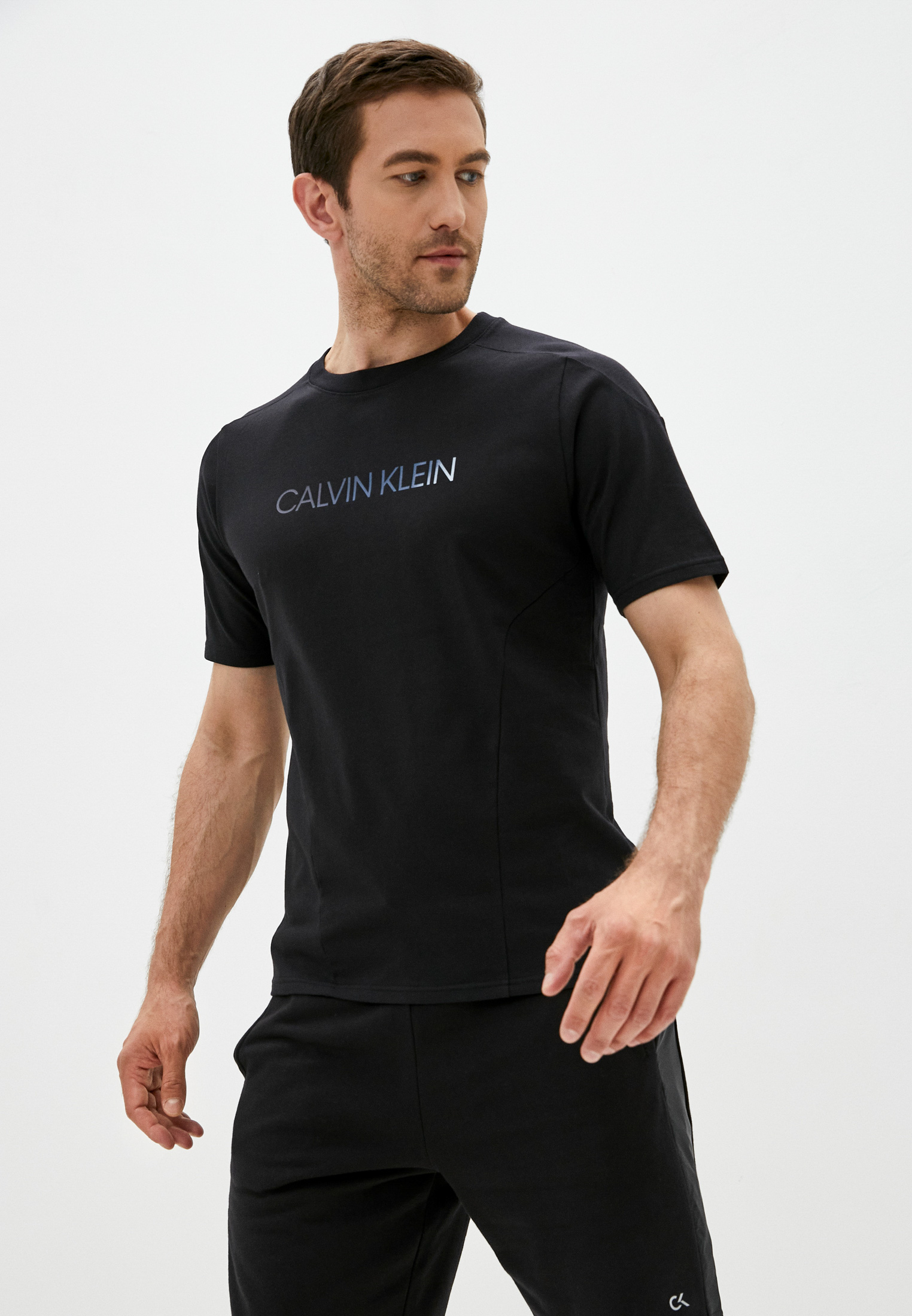 Футболка Calvin Klein Performance Футболка Calvin Klein Performance