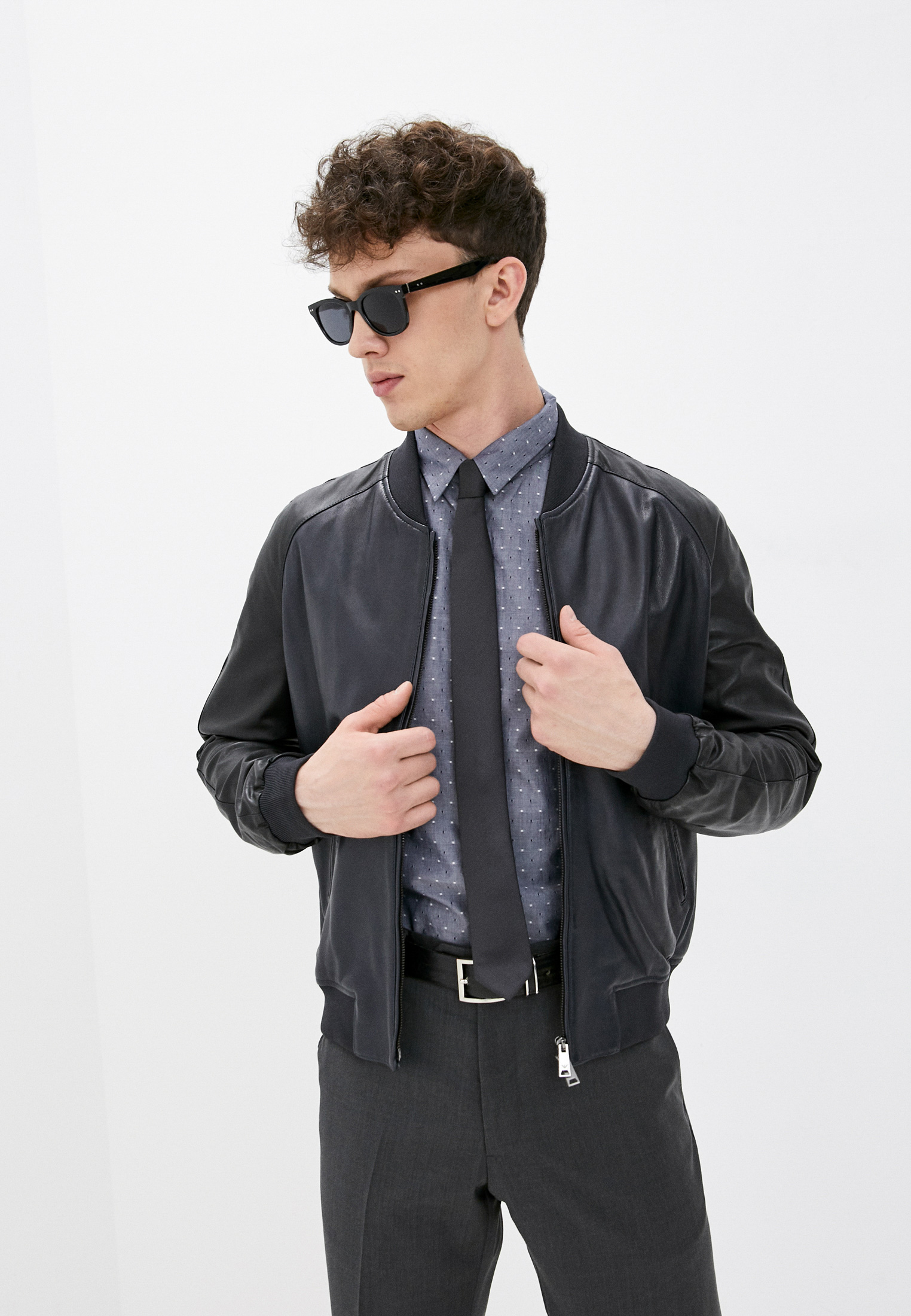 Кожаная куртка Emporio Armani (Эмпорио Армани) W1P59