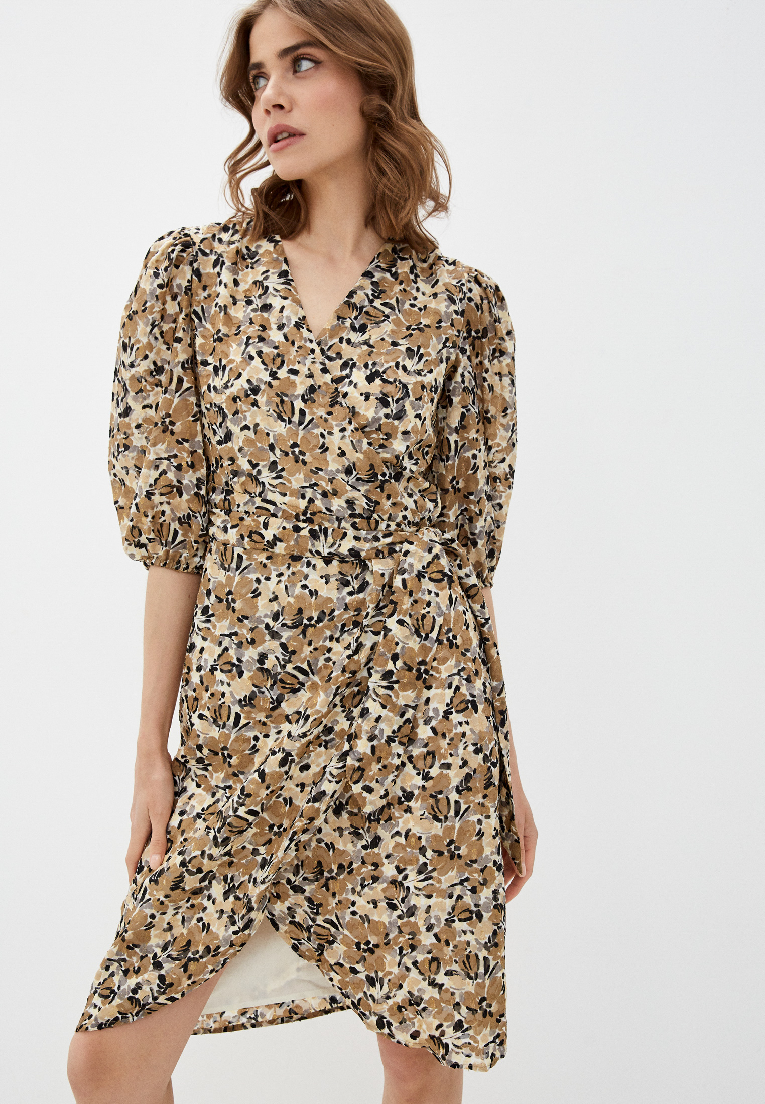 Платье Soaked in Luxury 30405371