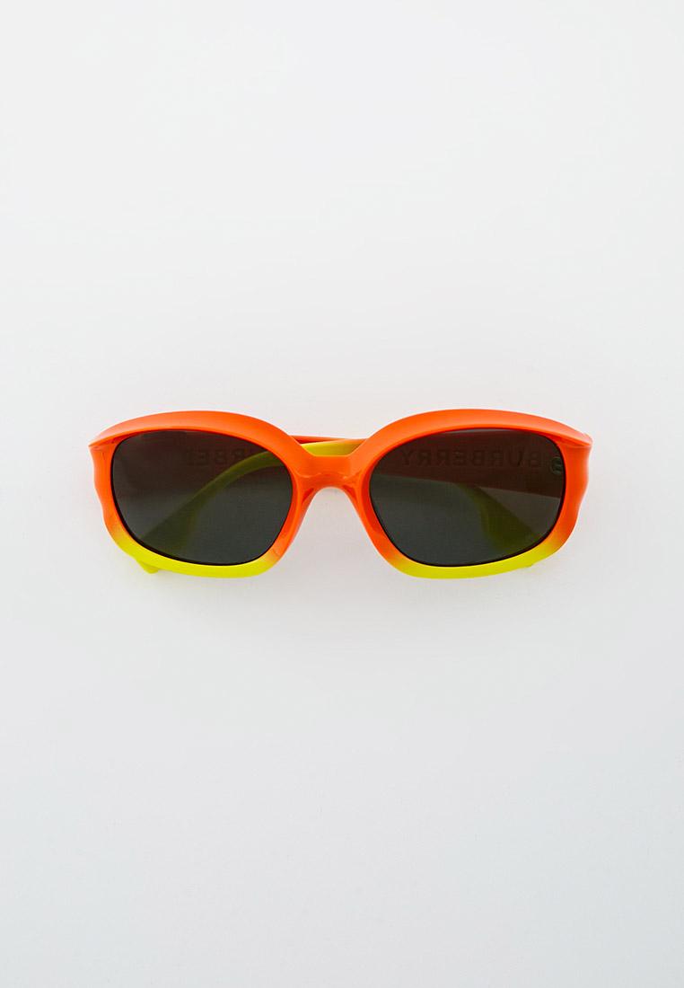 Женские солнцезащитные очки Burberry 0BE4338