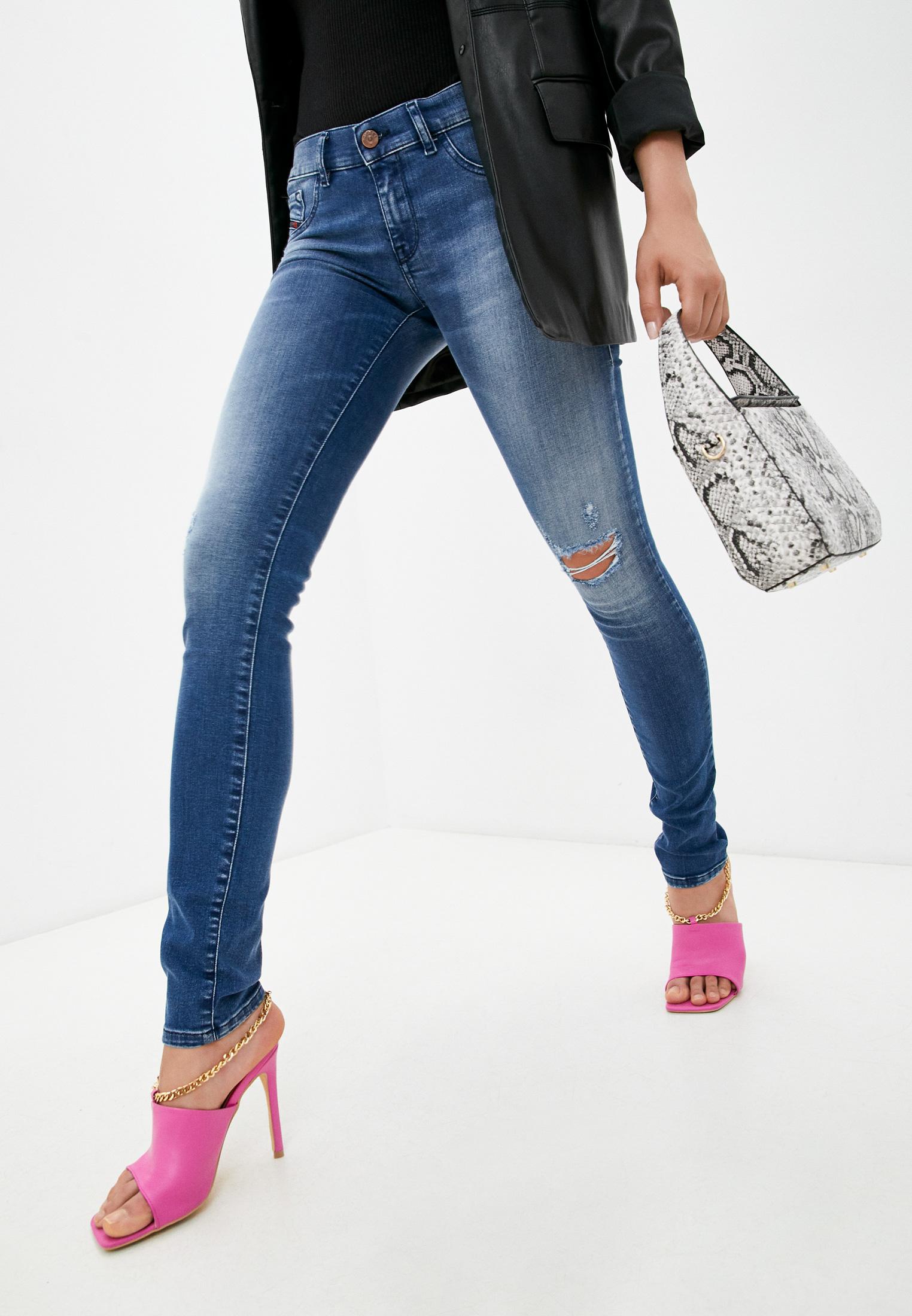 Зауженные джинсы Diesel (Дизель) 00CQLP084GJ