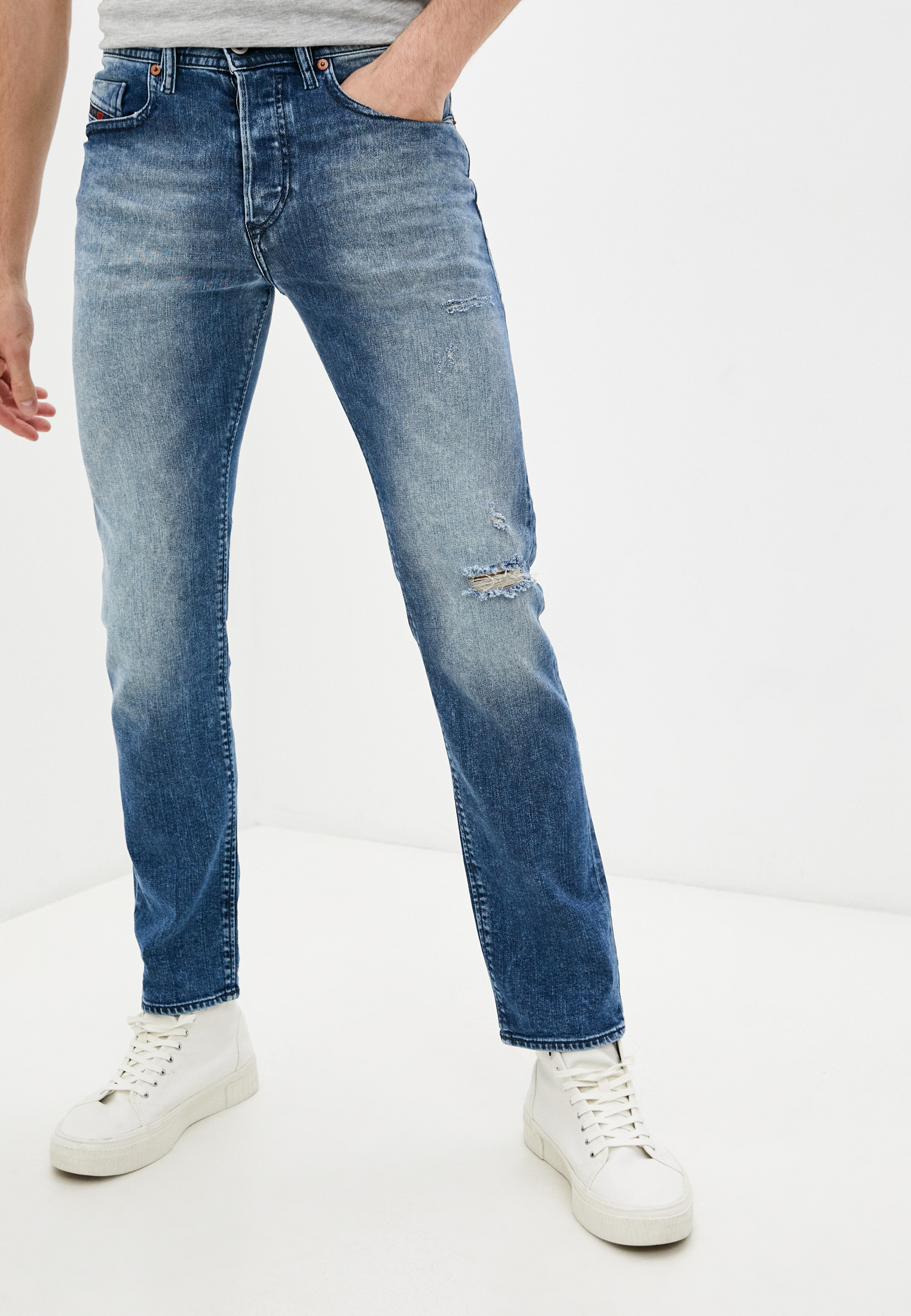 Мужские прямые джинсы Diesel (Дизель) 00SDHA081AQ