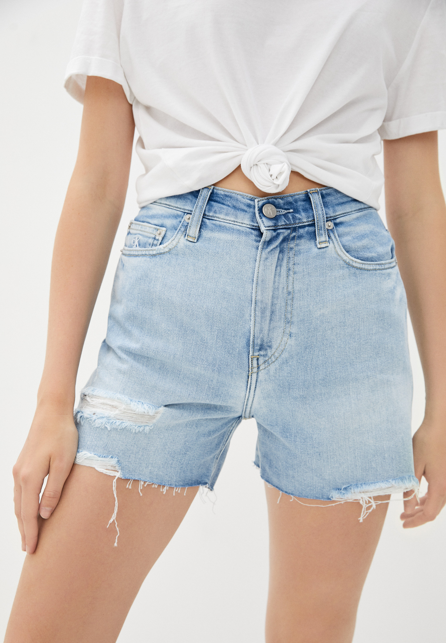 Женские джинсовые шорты Calvin Klein Jeans J20J216527