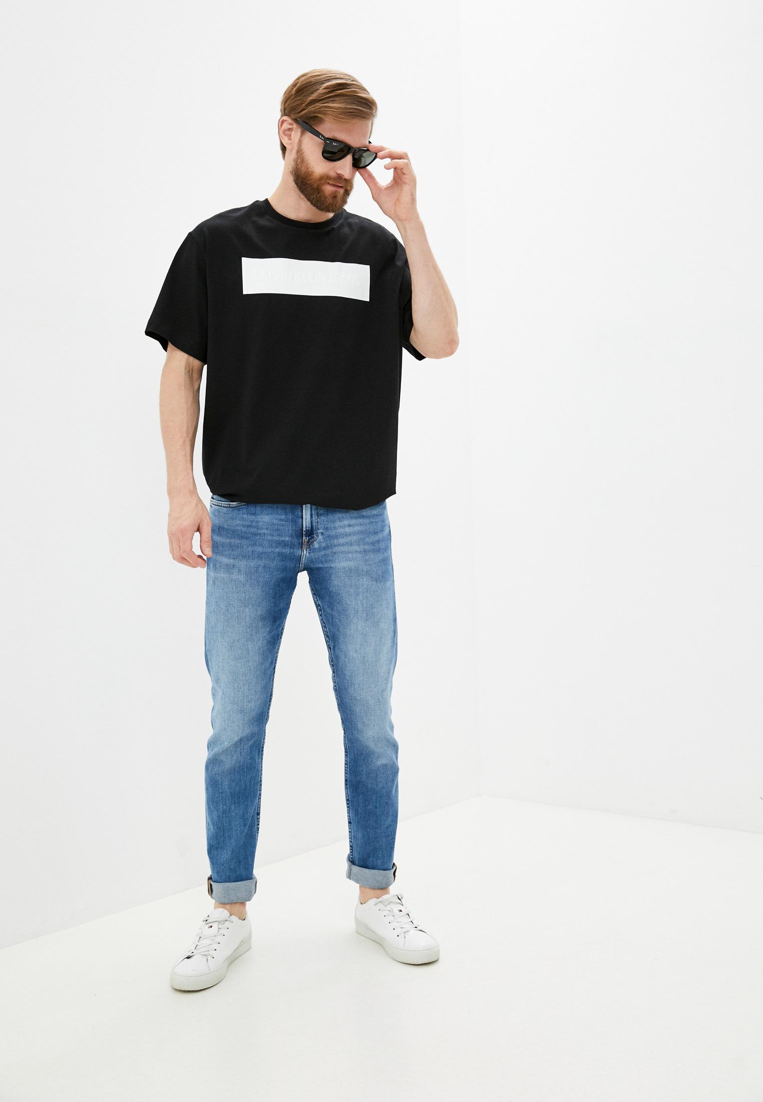 Зауженные джинсы Calvin Klein Jeans J30J318439: изображение 2