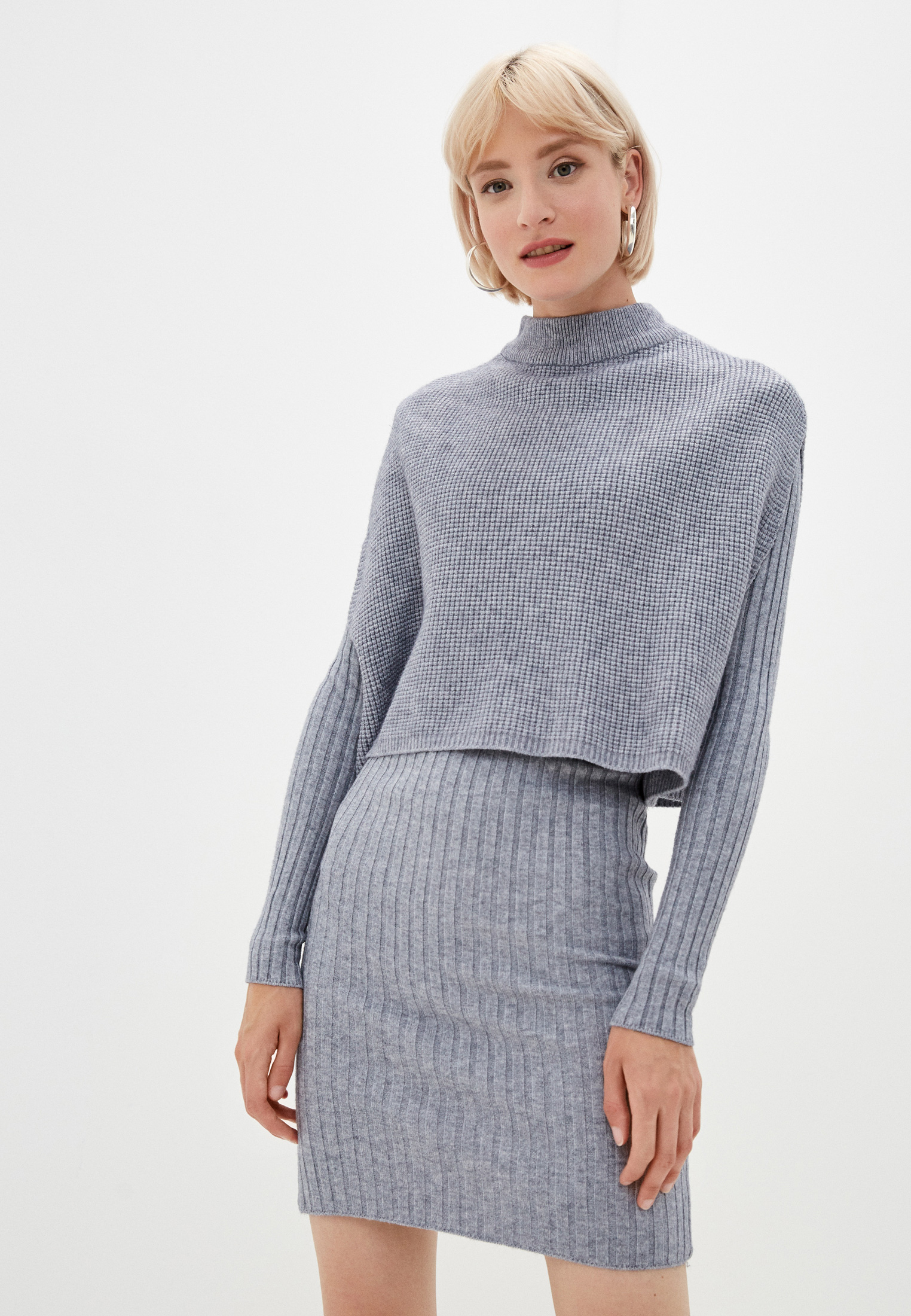 Вязаное платье Marselesa Платье и жилет Marselesa