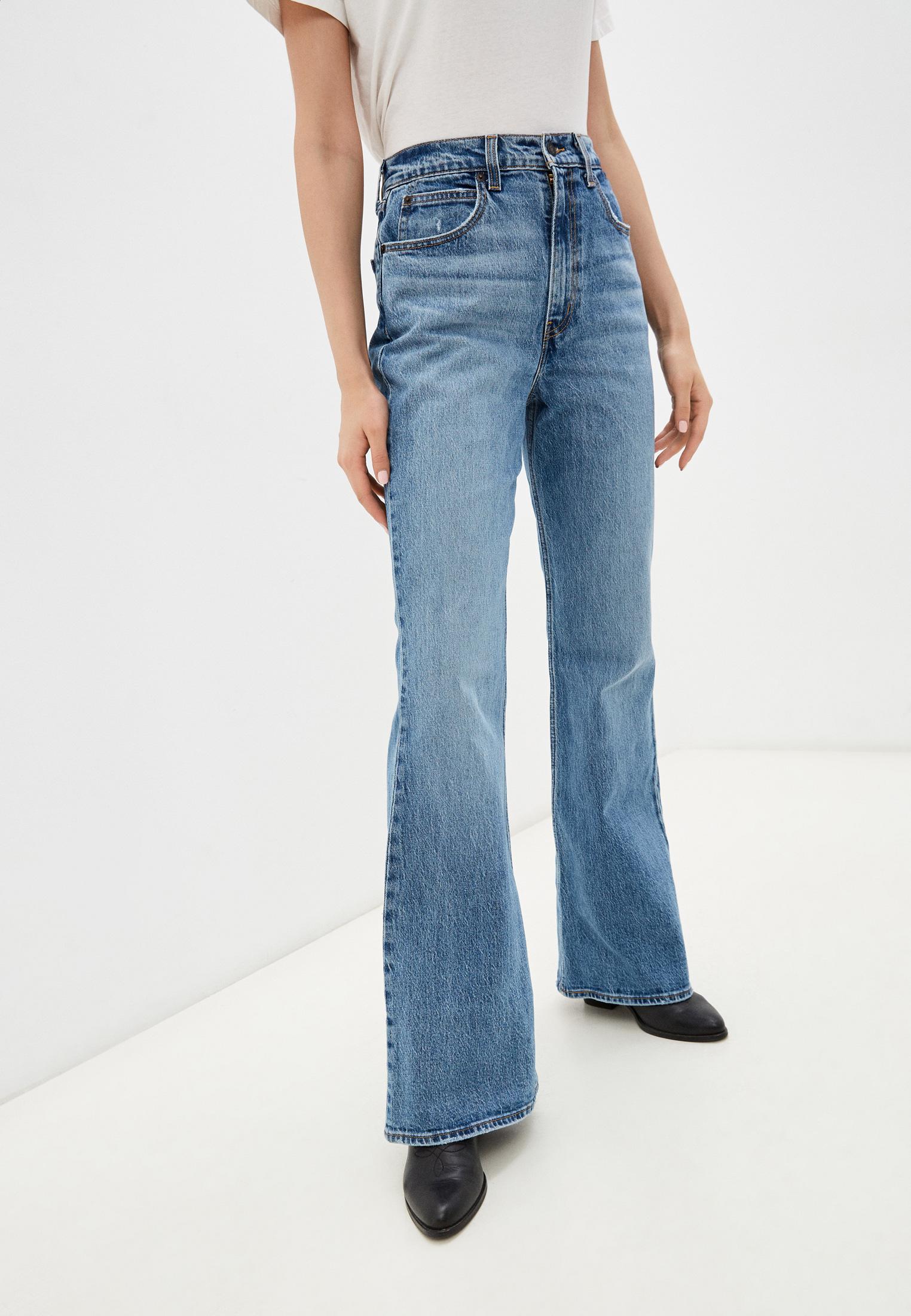 Широкие и расклешенные джинсы Levi's® A089900020