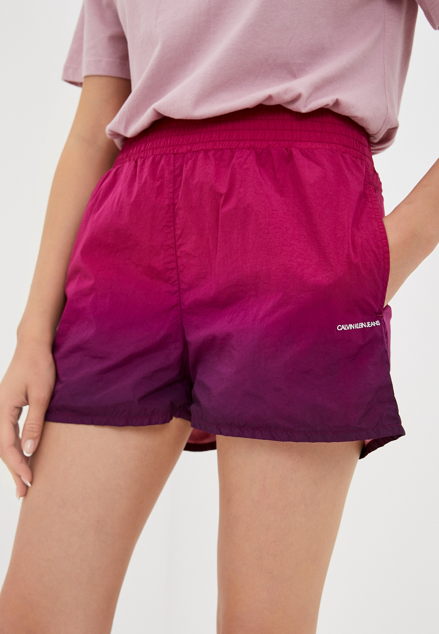 Женские спортивные шорты Calvin Klein Jeans Шорты спортивные Calvin Klein Jeans