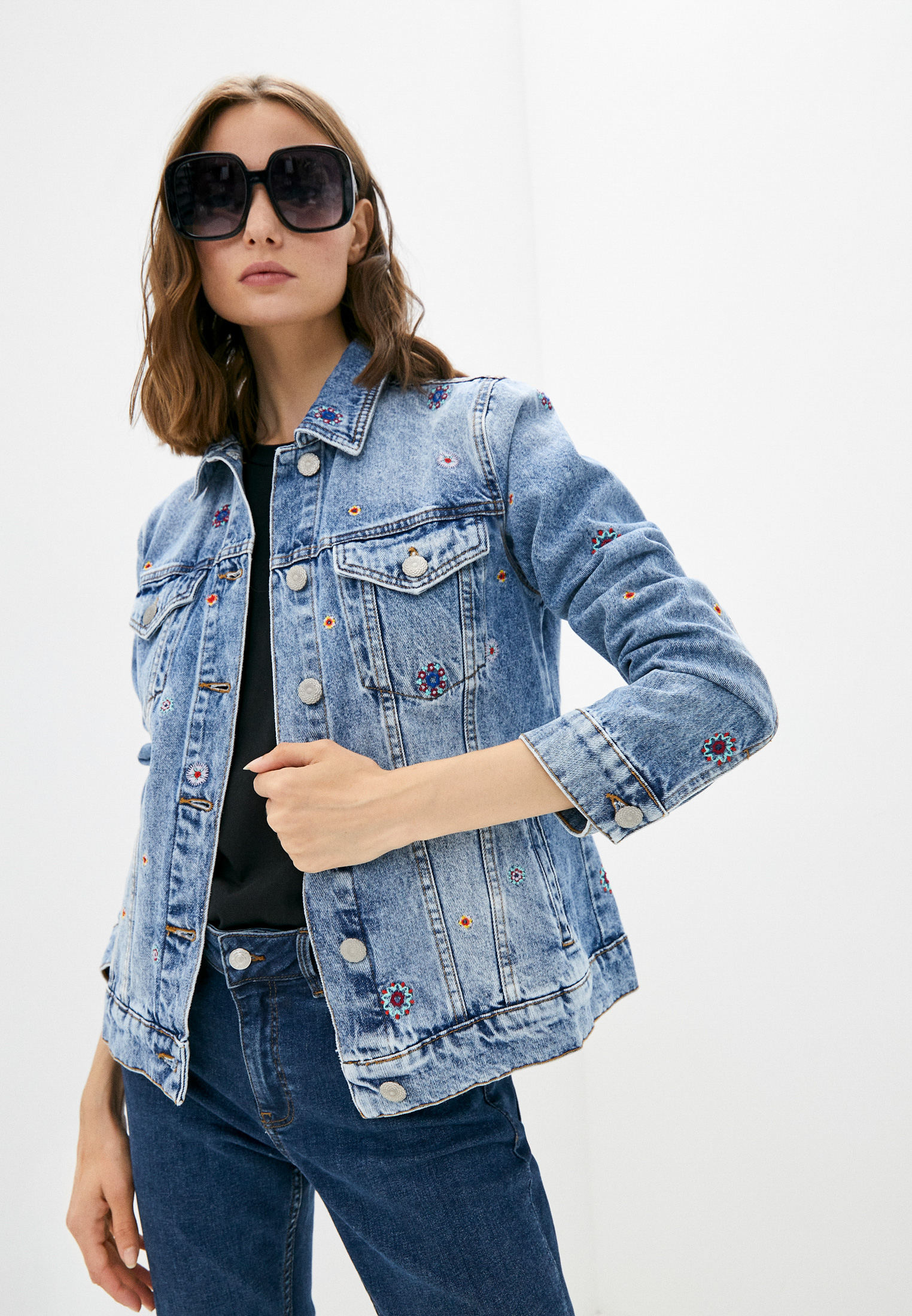 Джинсовая куртка Desigual (Дезигуаль) Куртка джинсовая Desigual