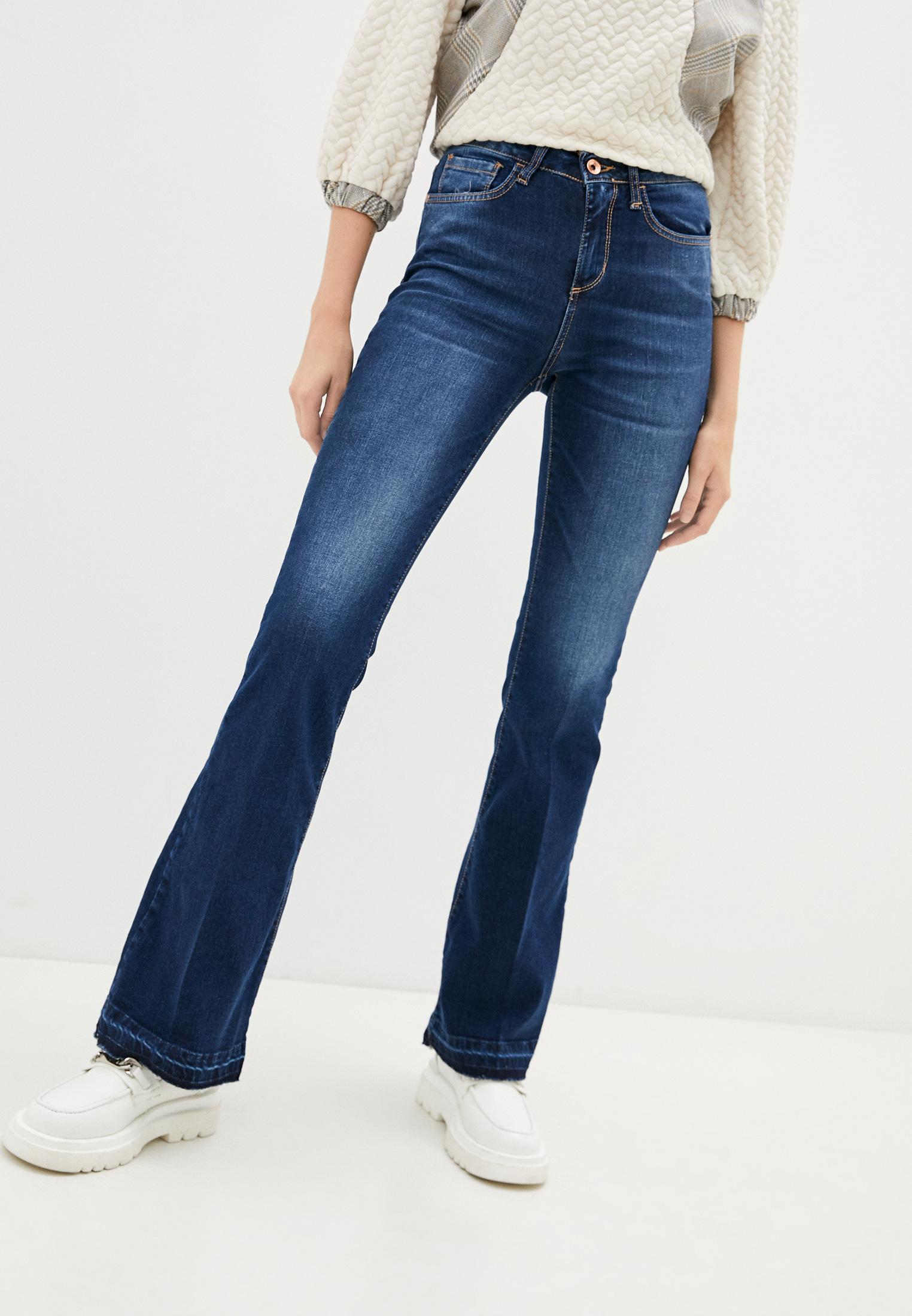 Широкие и расклешенные джинсы Rinascimento CFC0103861003