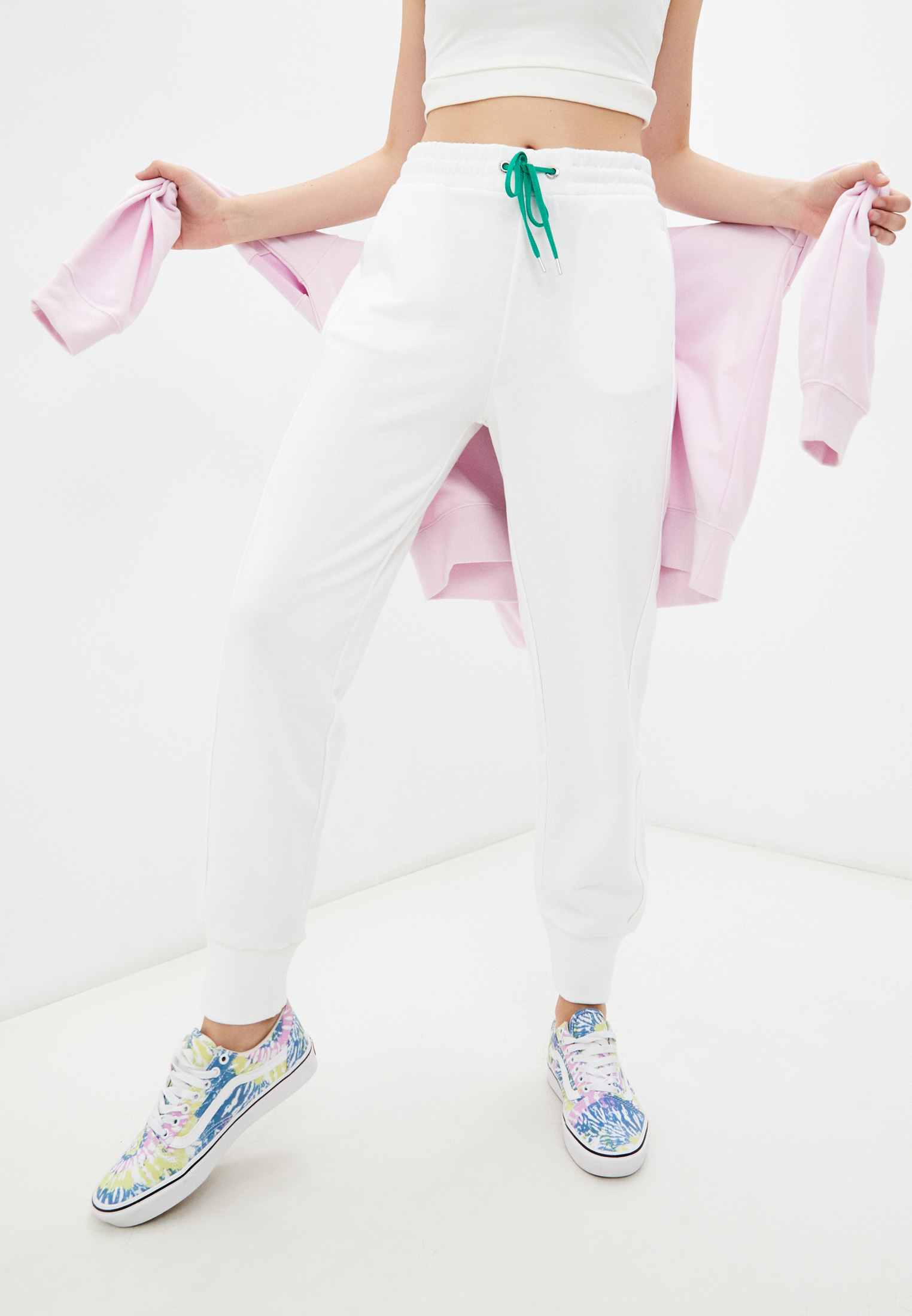 Женские спортивные брюки United Colors of Benetton (Юнайтед Колорс оф Бенеттон) Брюки спортивные United Colors of Benetton
