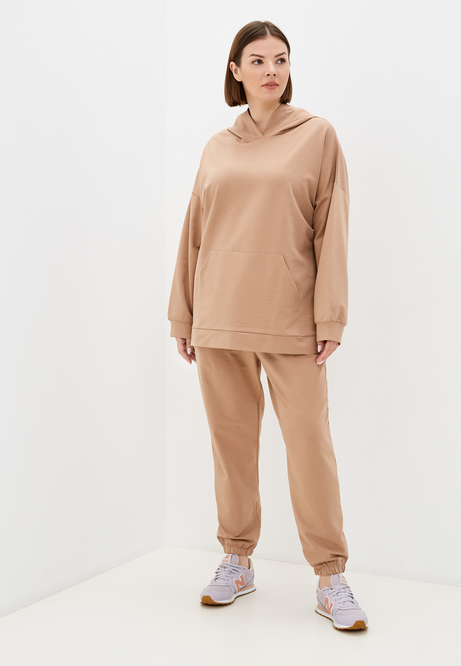 Спортивный костюм Chic de Femme СHOFW21011