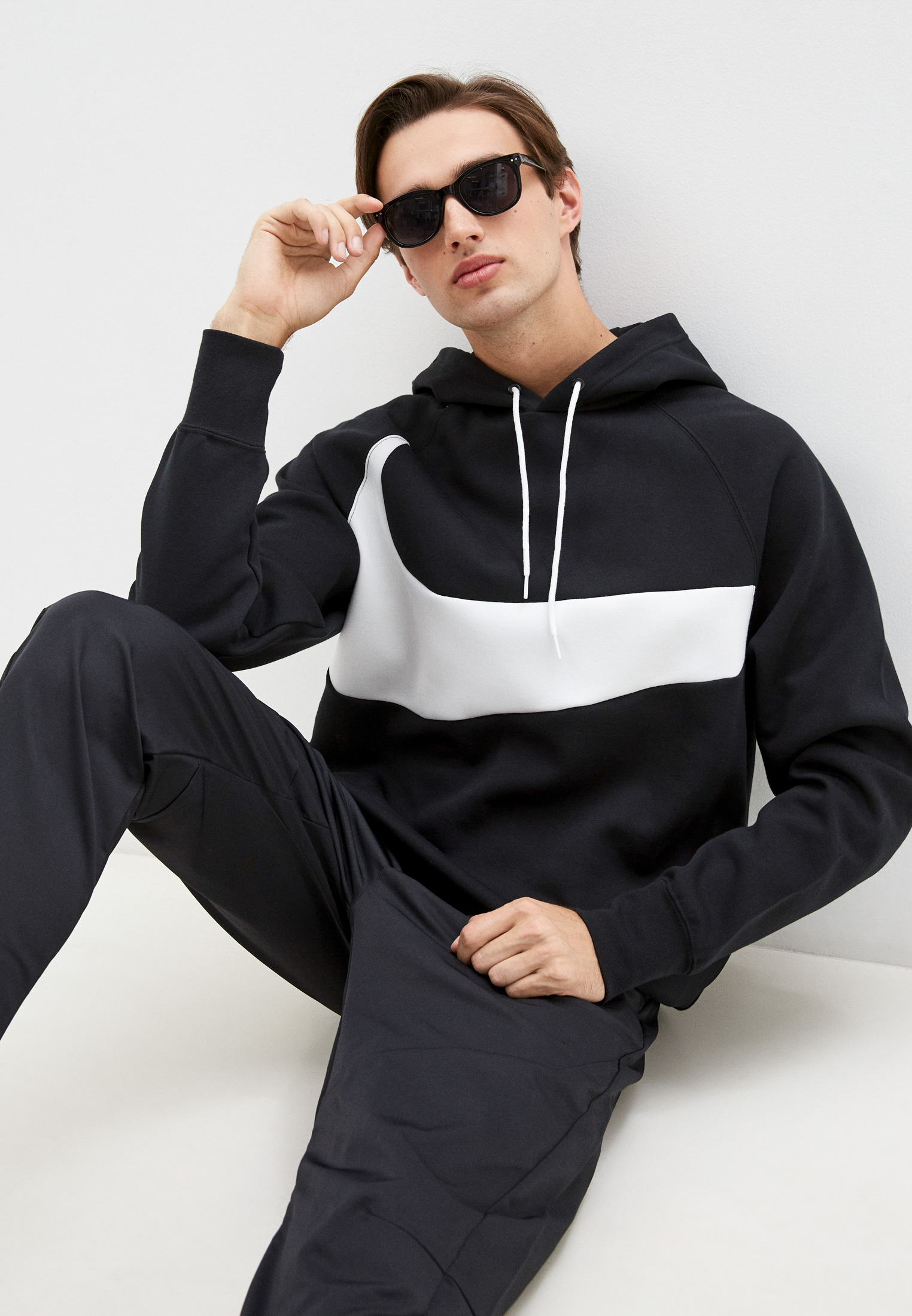 Толстовка Nike (Найк) DD8222
