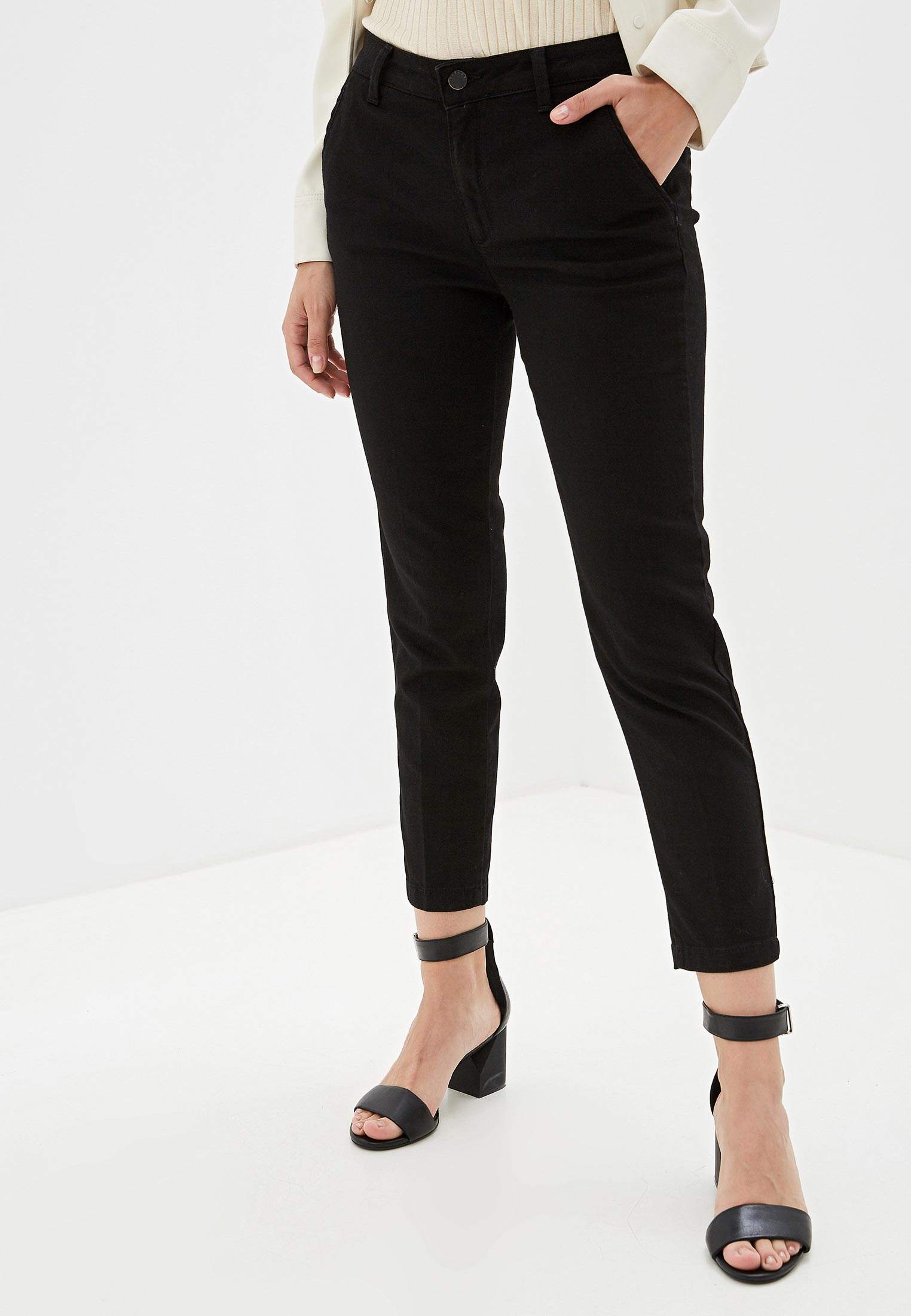 Зауженные джинсы Sisley (Сислей) 4Z9R559J7