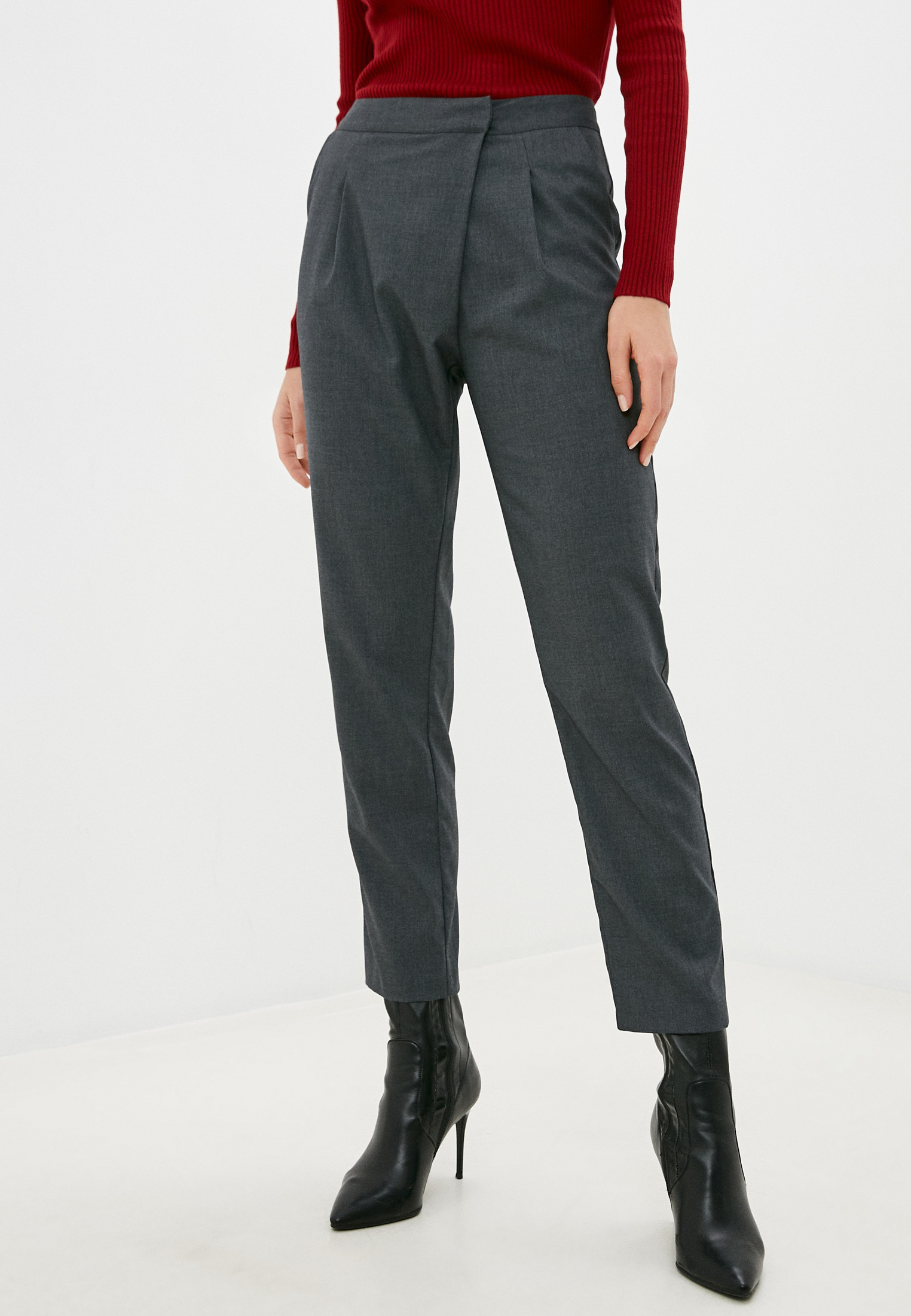 Женские классические брюки Silvian Heach PGA20552PA