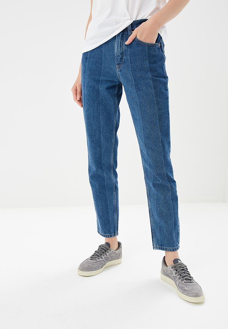 Чинос и boyfriend fit Tommy Jeans DW0DW05036