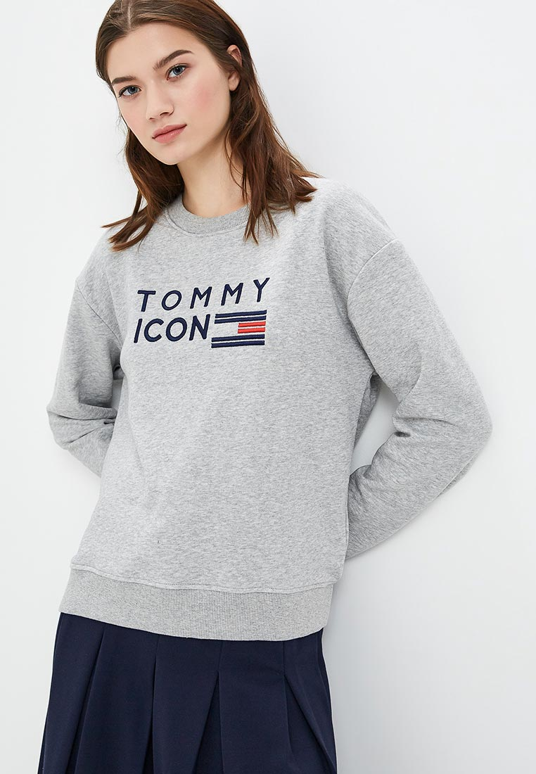 tommy hilfiger s marketing strategy I am a dutch marketing professional currently working for the global headquarters in amsterdam managing the world of women at tommy hilfiger passionate about new and distinctive (retail) concepts.
