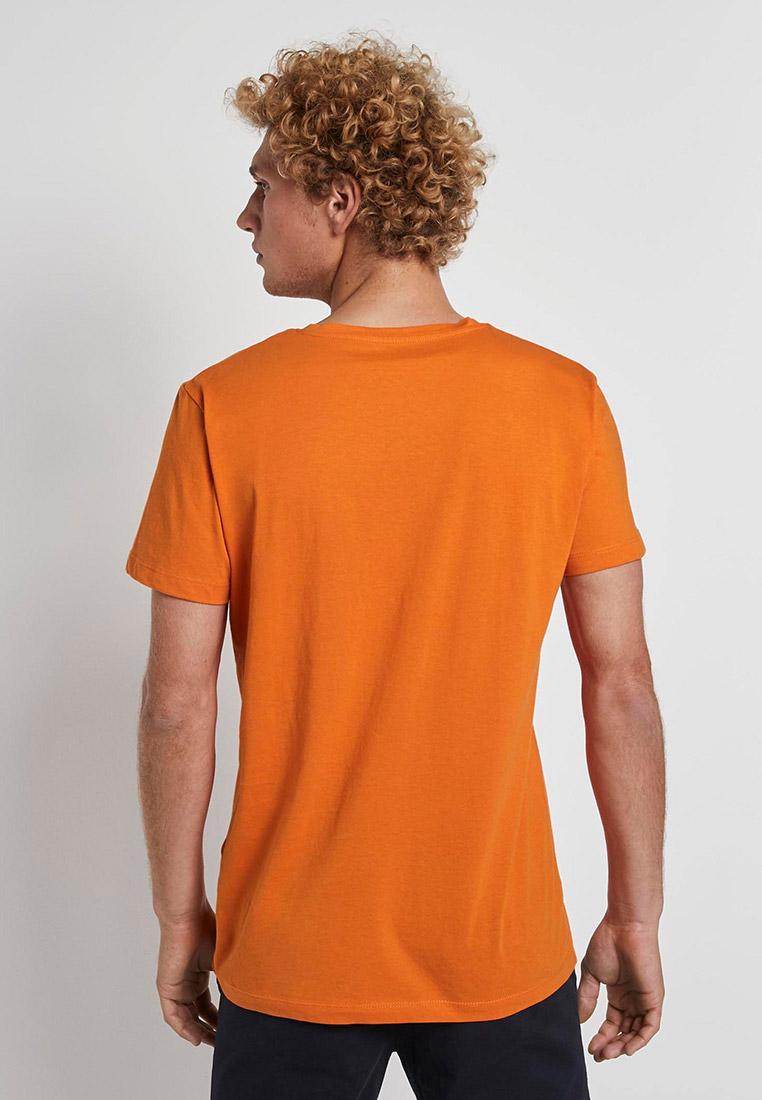 футболка оранжевая с картинками кажется