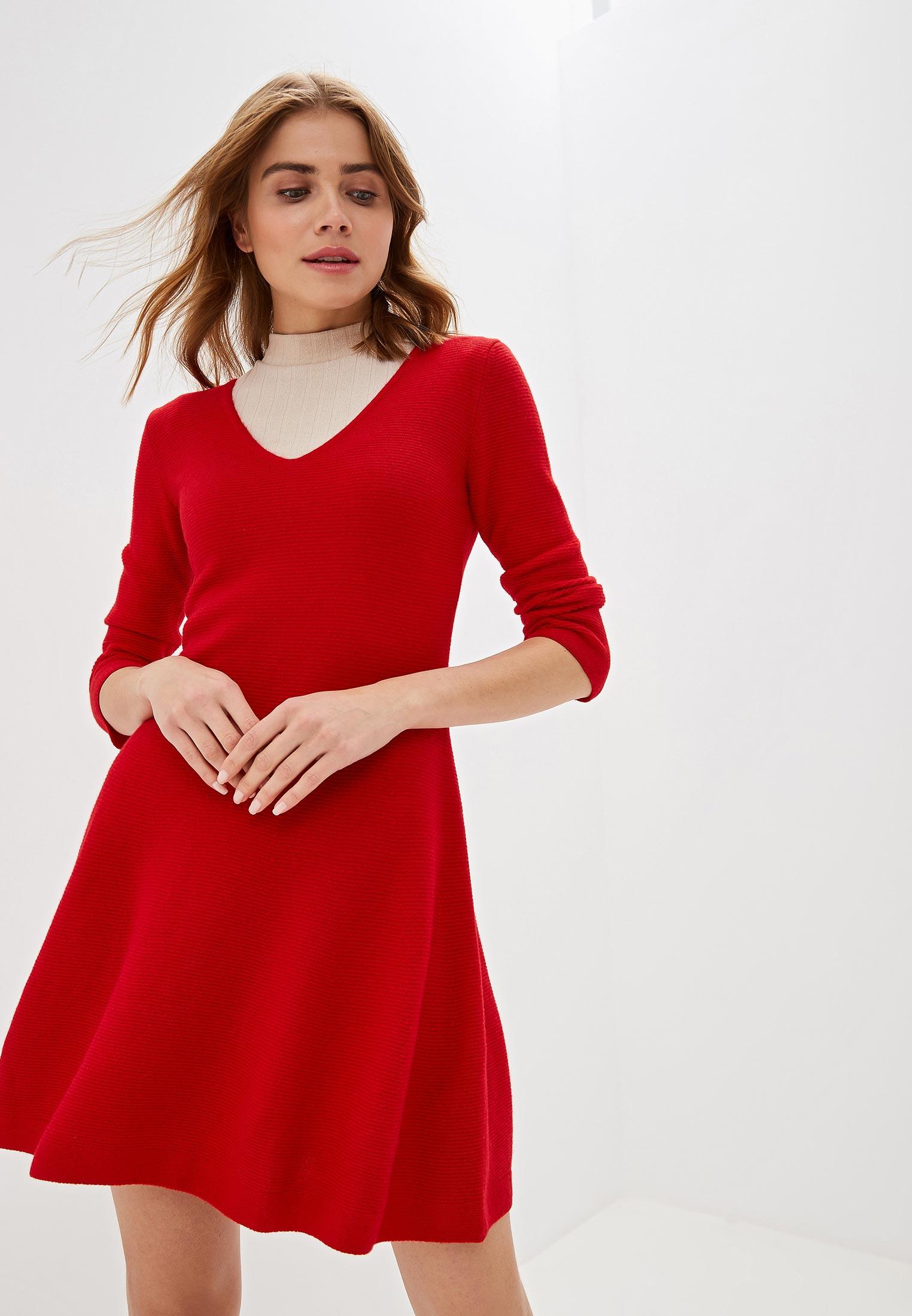 Вязаное платье United Colors of Benetton (Юнайтед Колорс оф Бенеттон) 1044V4549