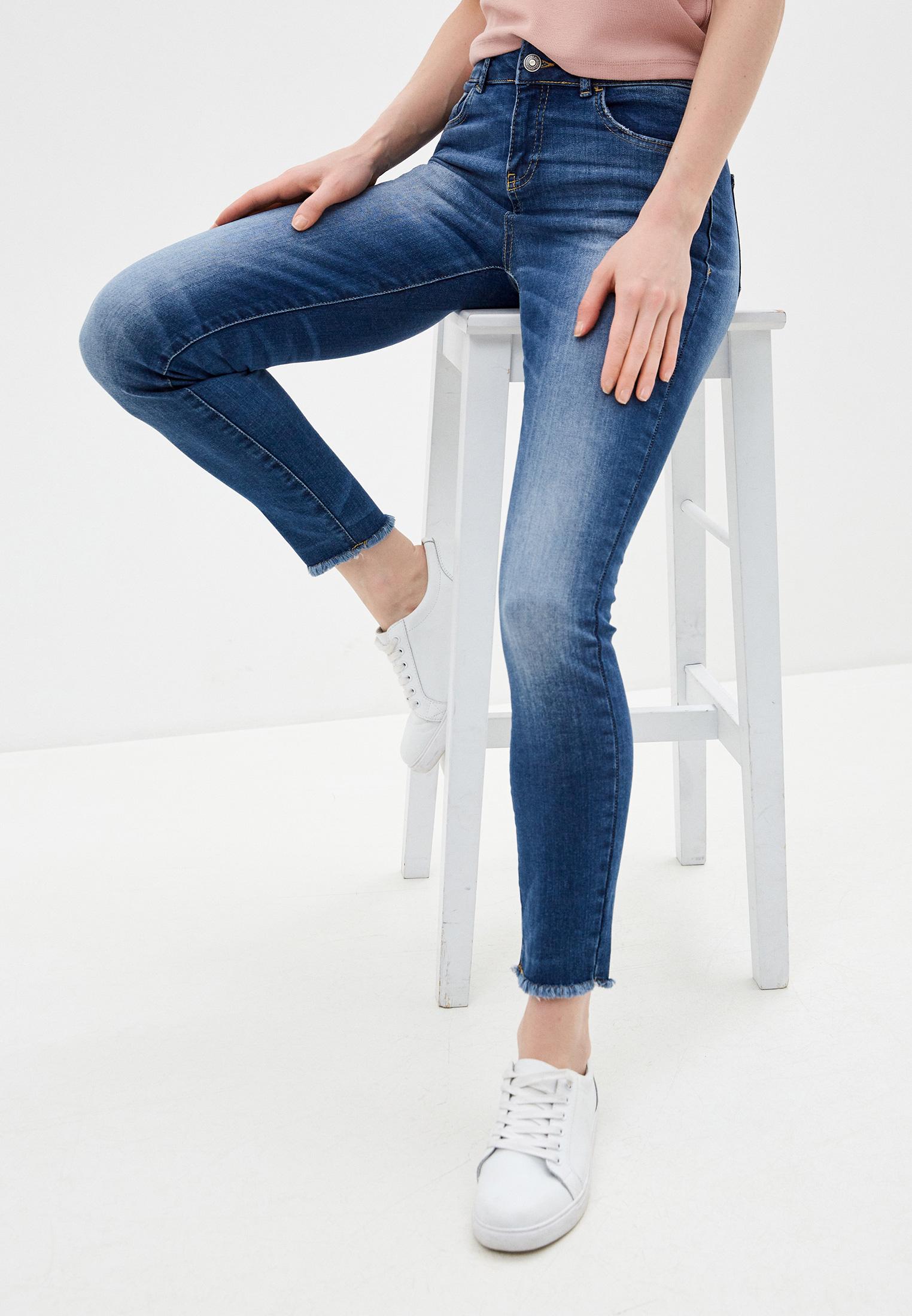 Зауженные джинсы United Colors of Benetton (Юнайтед Колорс оф Бенеттон) 4CKJ57503