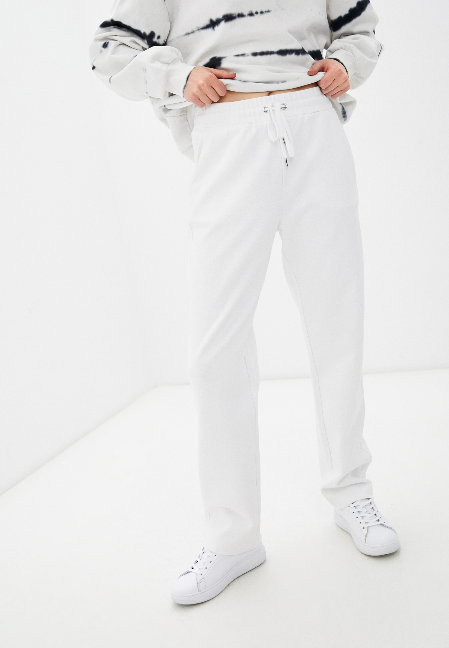 Женские спортивные брюки United Colors of Benetton (Юнайтед Колорс оф Бенеттон) 35YVP0506