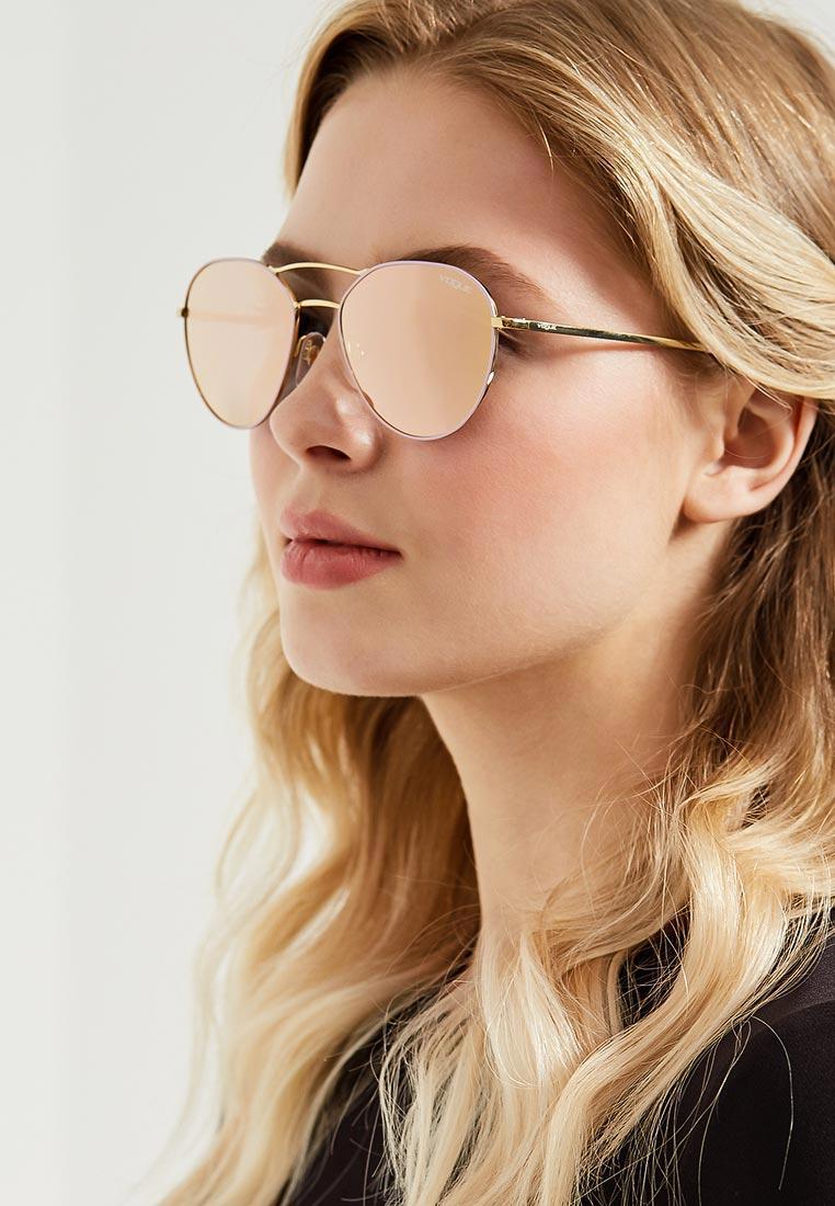 Женские солнцезащитные очки Vogue® Eyewear 0VO4060S: изображение 4
