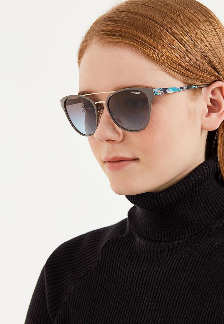 Женские солнцезащитные очки Vogue® Eyewear 0VO4078S: изображение 4