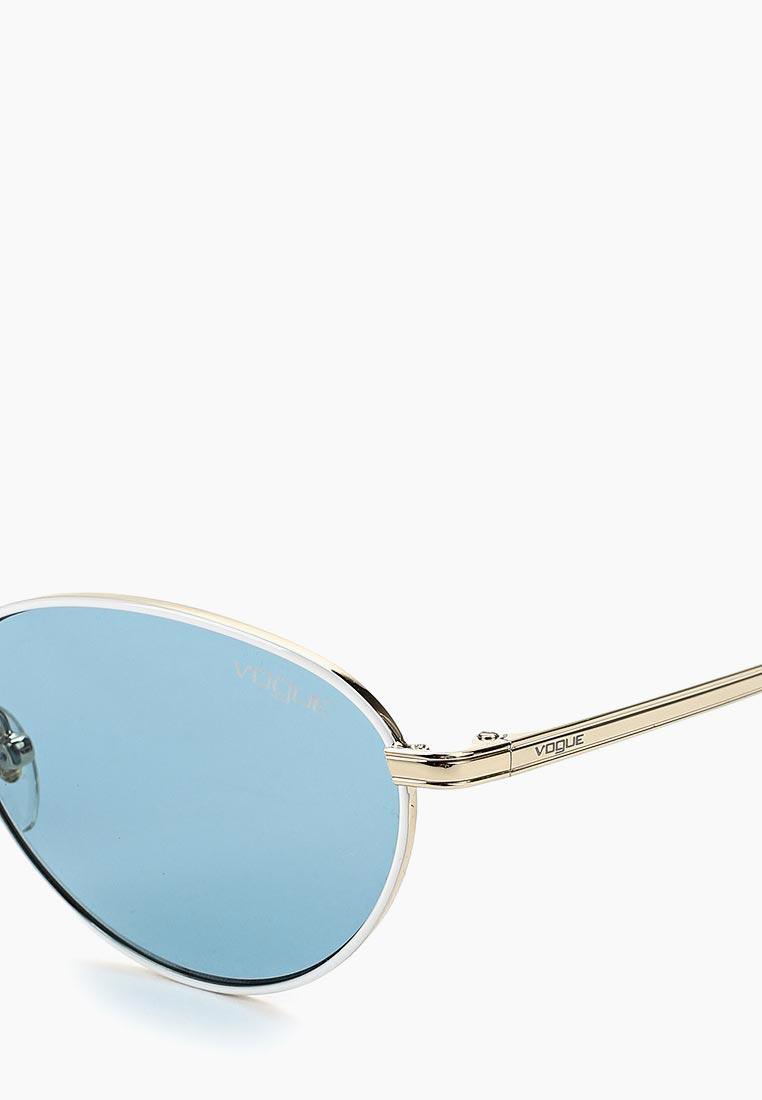 Женские солнцезащитные очки Vogue® Eyewear 0VO4082S: изображение 2