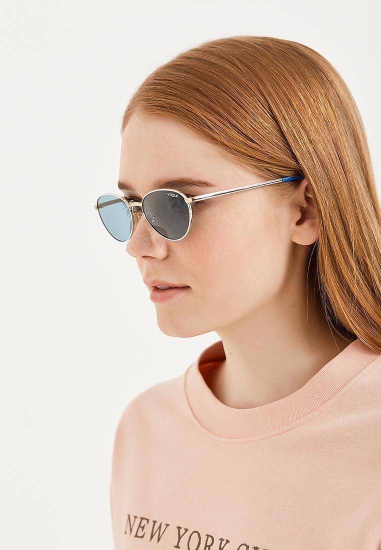 Женские солнцезащитные очки Vogue® Eyewear 0VO4082S: изображение 4