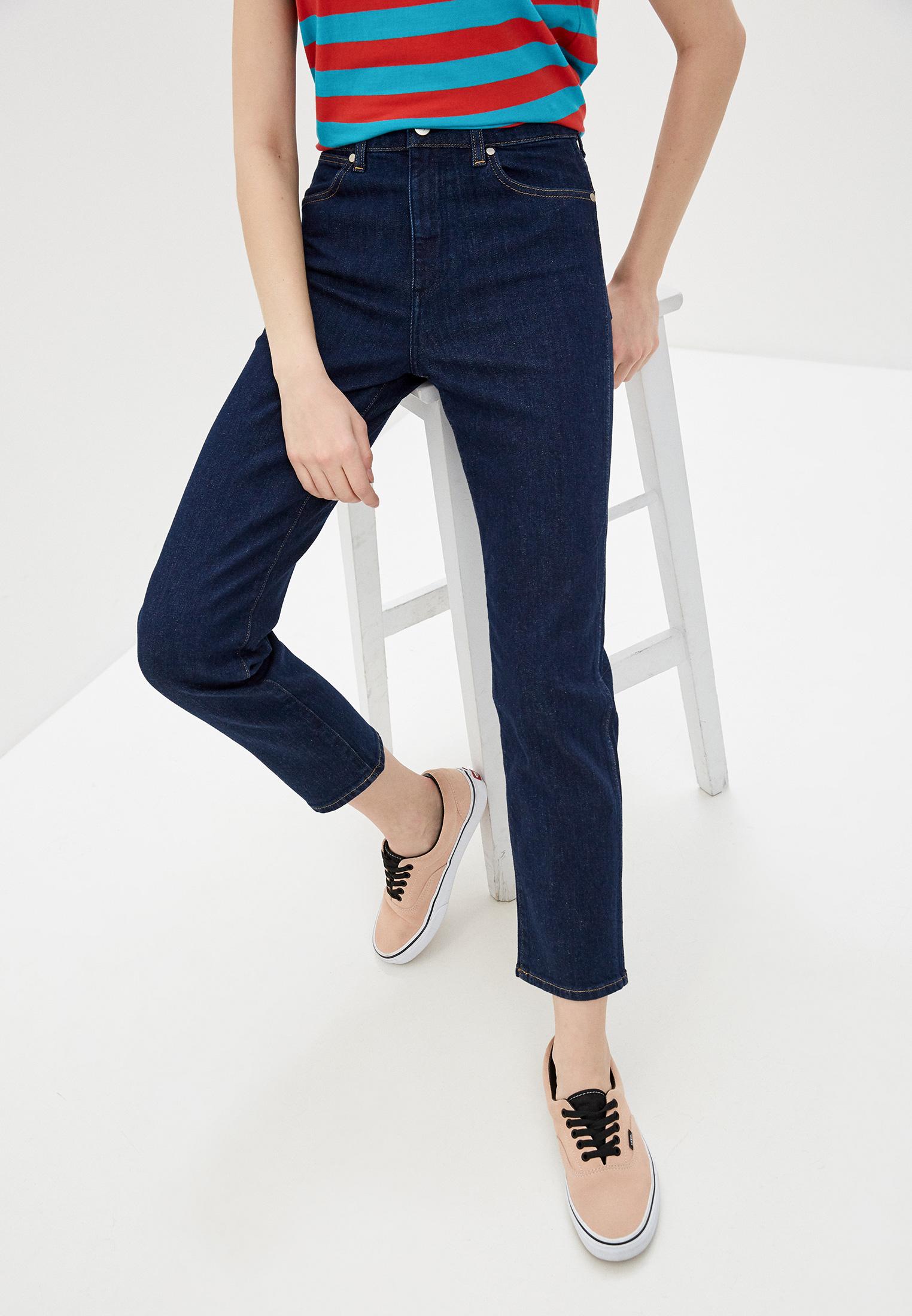 Прямые джинсы Wrangler (Вранглер) W22AJXX9V