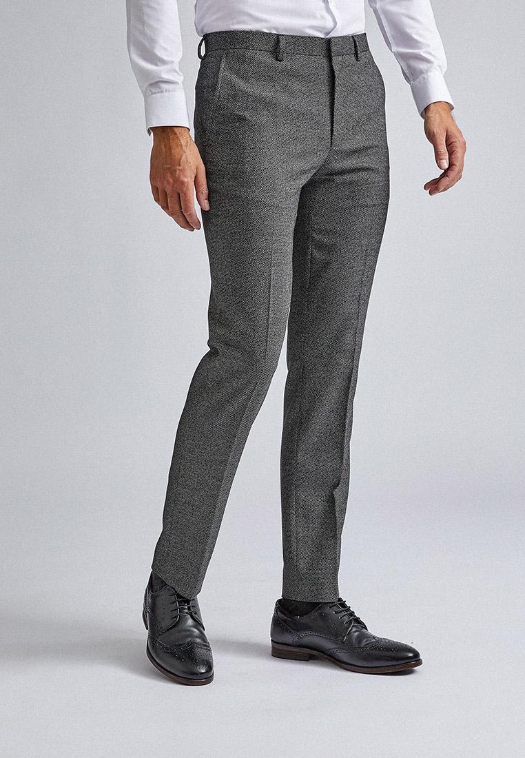 мужчины в классических брюках фото четыре раза