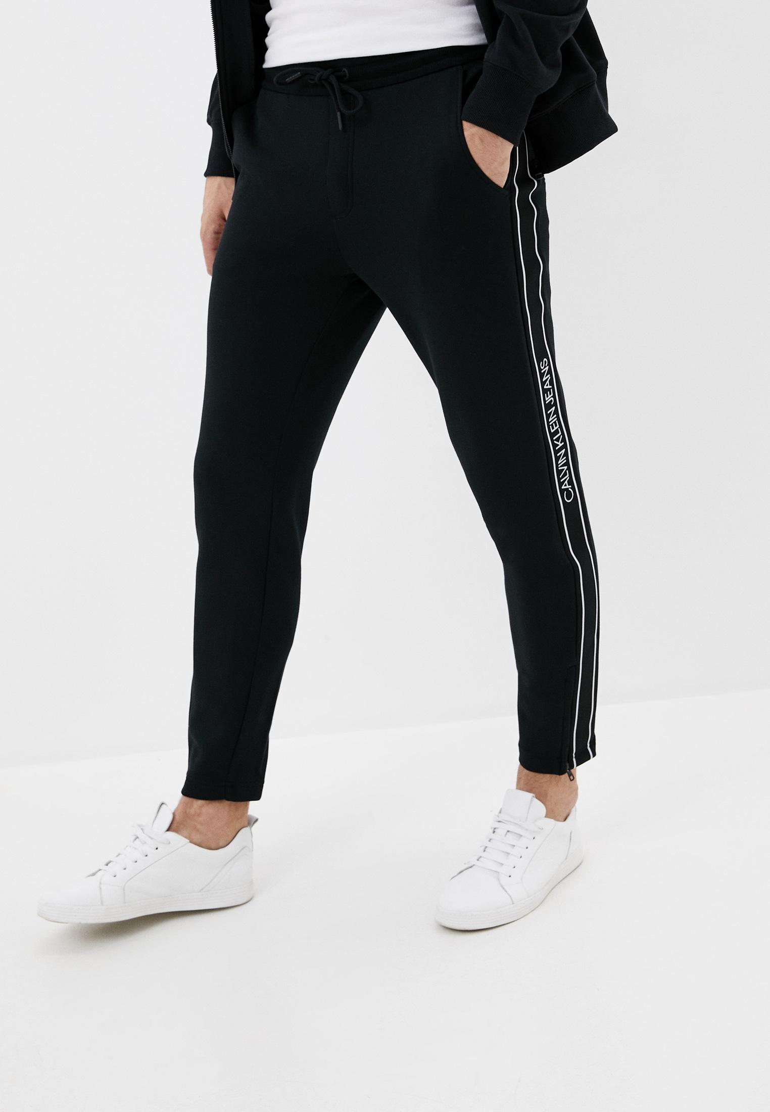 Брюки спортивные Calvin Klein Jeans за 10 790 ₽. в интернет-магазине Lamoda.ru