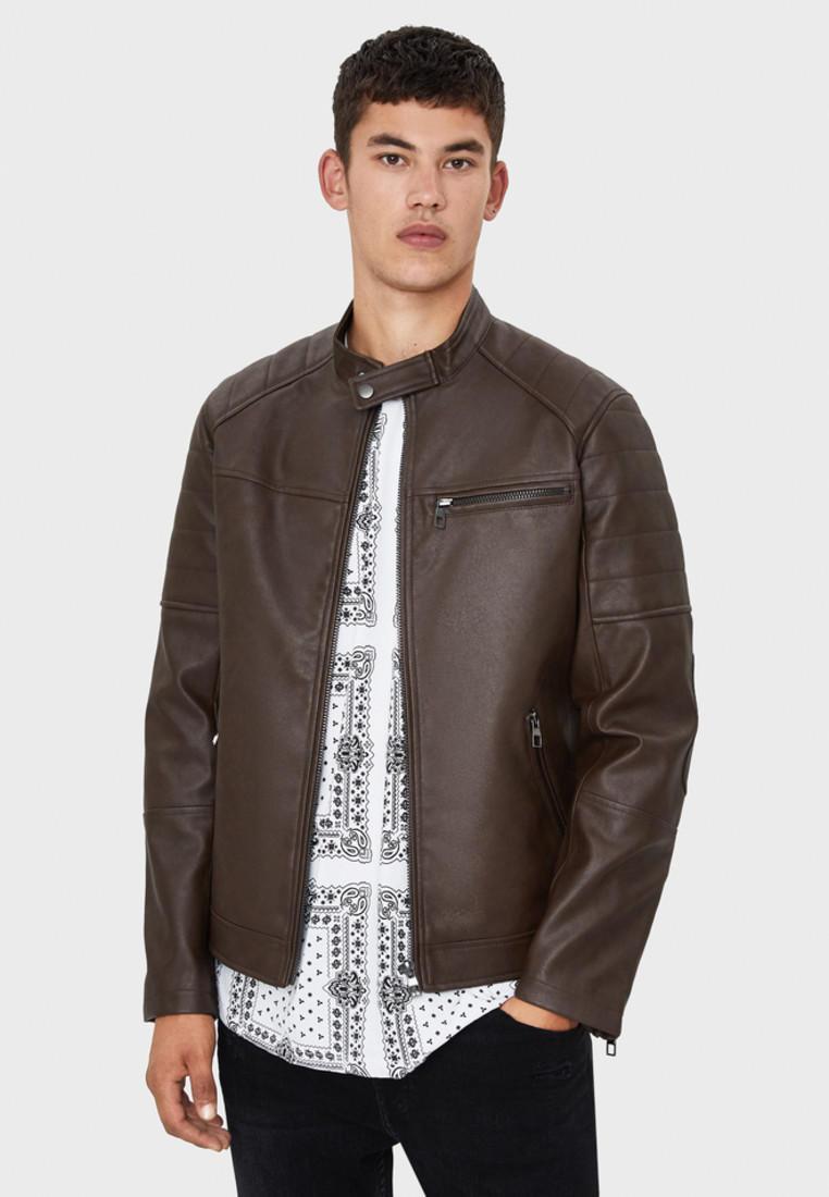 Куртка кожаная, Bershka, цвет: коричневый. Артикул: IX001XM0044R. Одежда / Верхняя одежда / Кожаные куртки