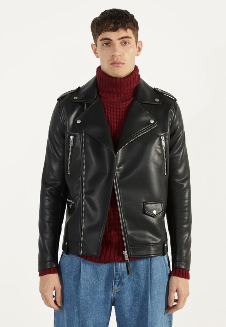 Куртка кожаная, Bershka, цвет: черный. Артикул: IX001XM00634. Одежда / Верхняя одежда / Кожаные куртки