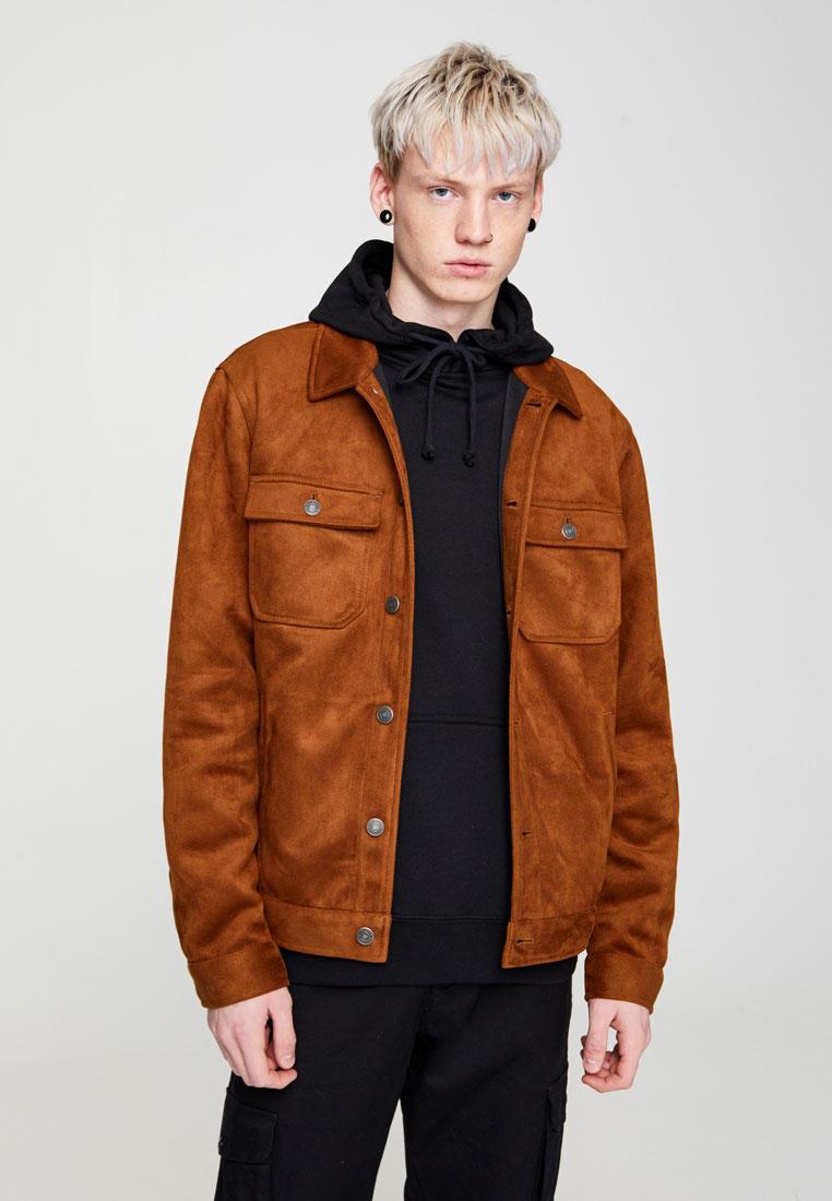 Куртка кожаная, Pull&Bear, цвет: коричневый. Артикул: IX001XM006FN. Одежда / Верхняя одежда / Кожаные куртки